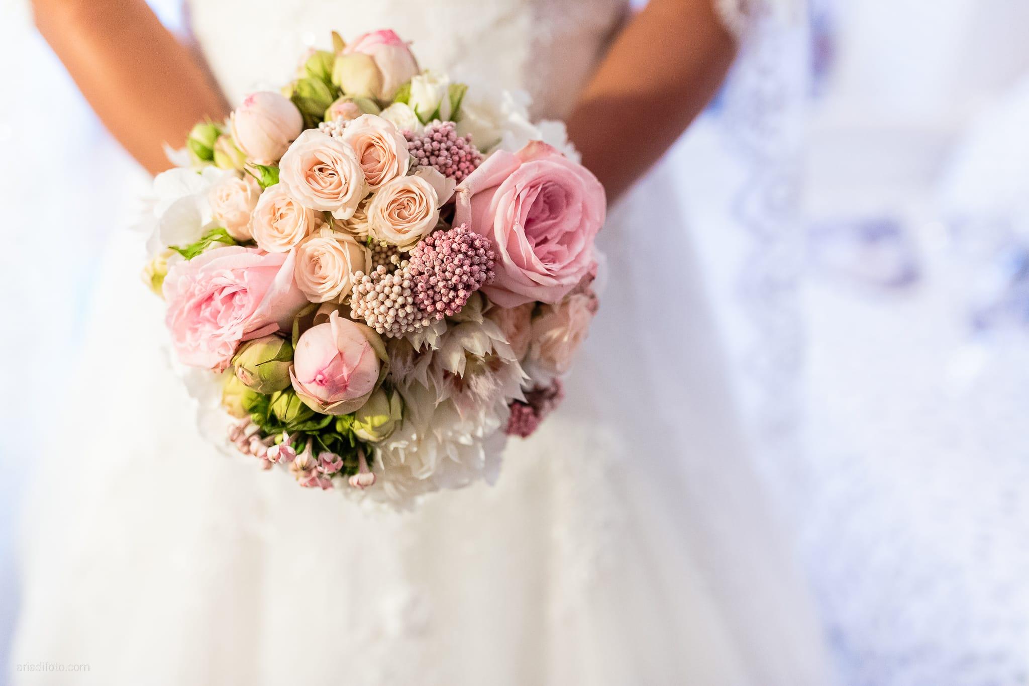 Giorgia Davide Matrimonio Villa Revoltella Salvia Rosmarino Trieste preparativi dettagli bouquet rose