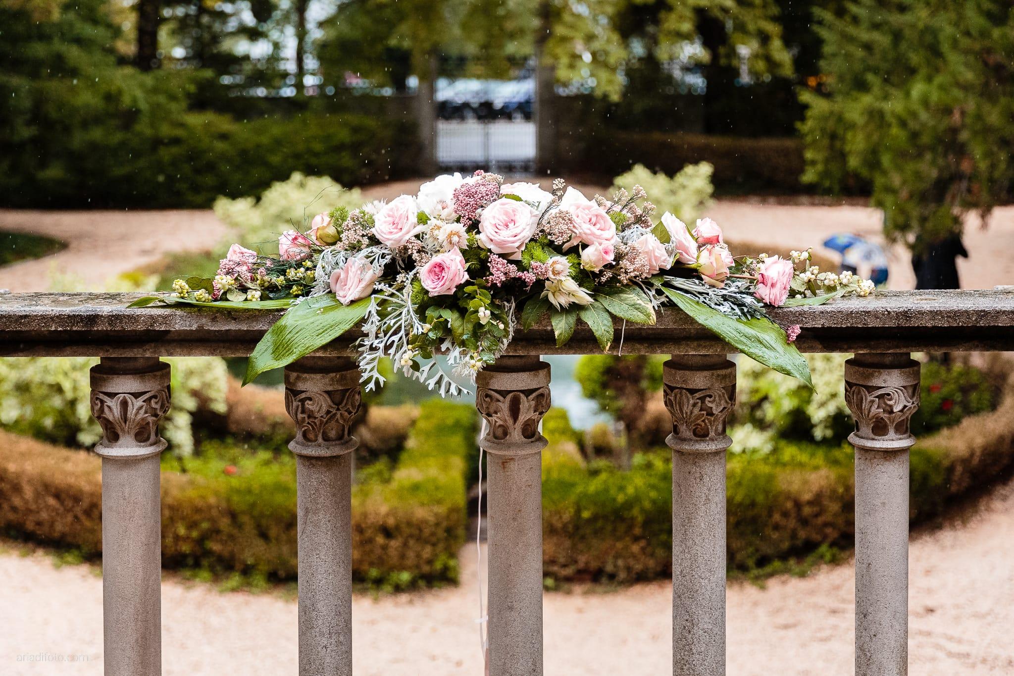 Giorgia Davide Matrimonio Chiesa San Pasquale Villa Revoltella Salvia Rosmarino Trieste cerimonia dettagli fiori rose