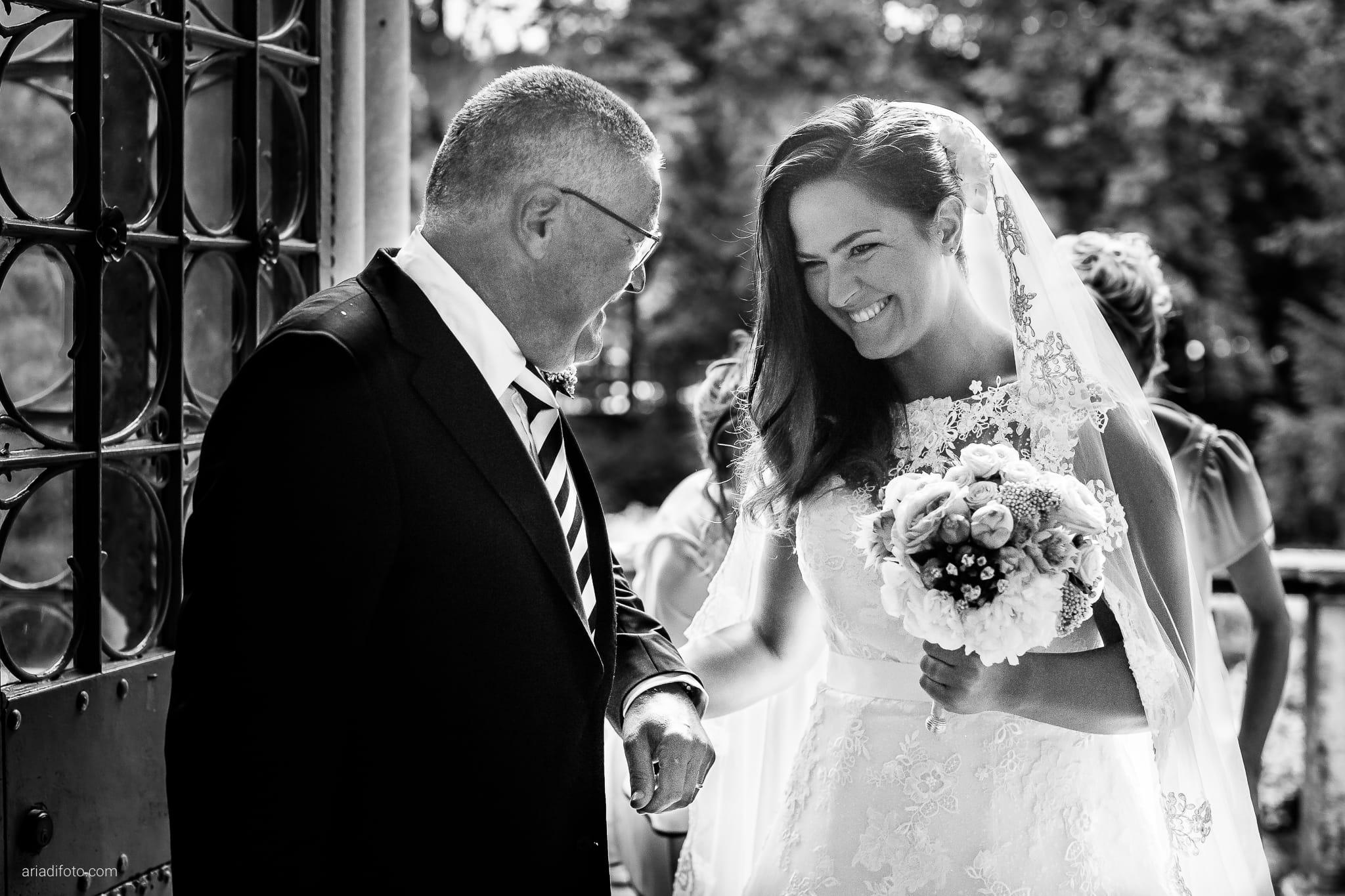 Giorgia Davide Matrimonio Chiesa San Pasquale Villa Revoltella Salvia Rosmarino Trieste cerimonia ingresso sposa