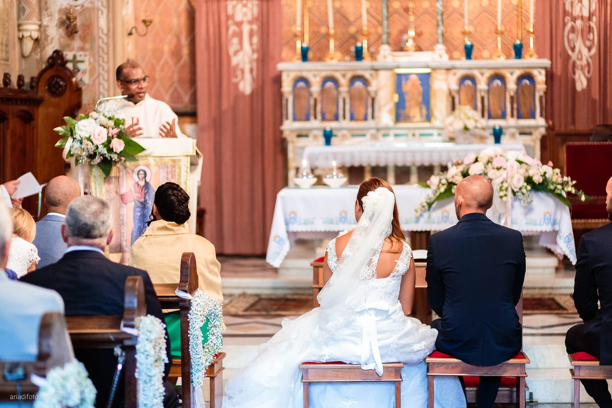 Giorgia Davide Matrimonio Chiesa San Pasquale Villa Revoltella Salvia Rosmarino Trieste cerimonia