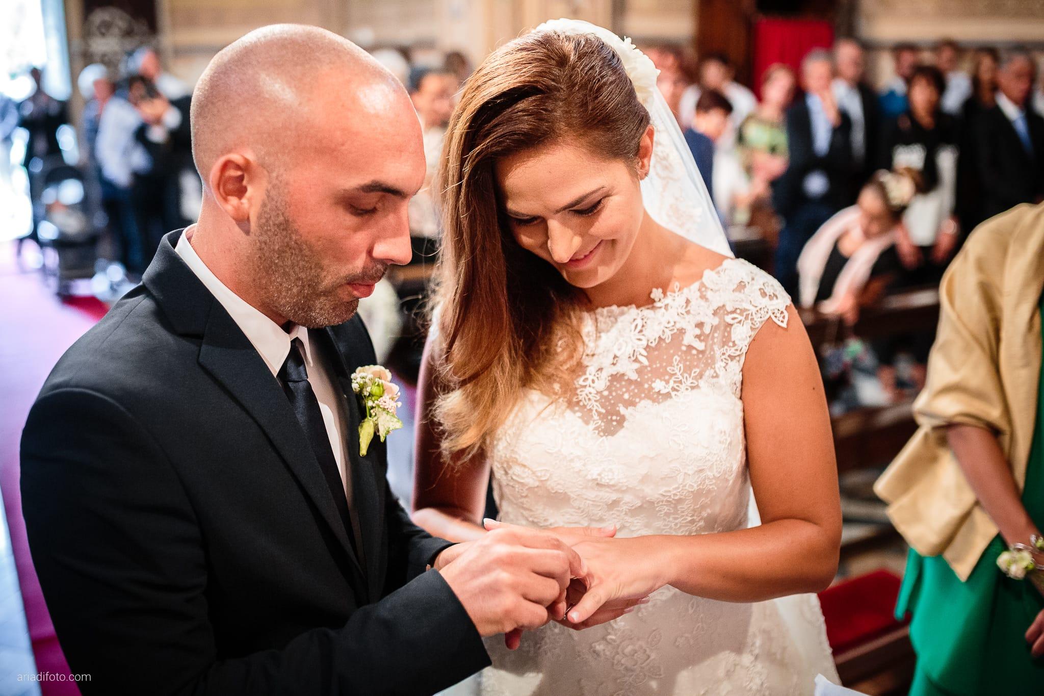 Giorgia Davide Matrimonio Chiesa San Pasquale Villa Revoltella Salvia Rosmarino Trieste cerimonia scambio degli anelli