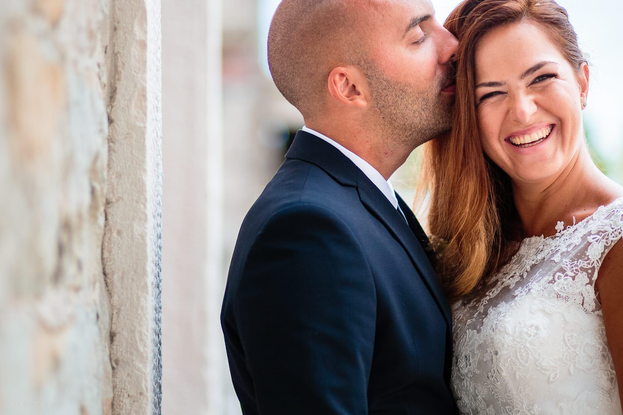 Giorgia Davide Matrimonio Villa Revoltella Salvia Rosmarino Trieste ritratti sposi Porto Vecchio Magazzino 26