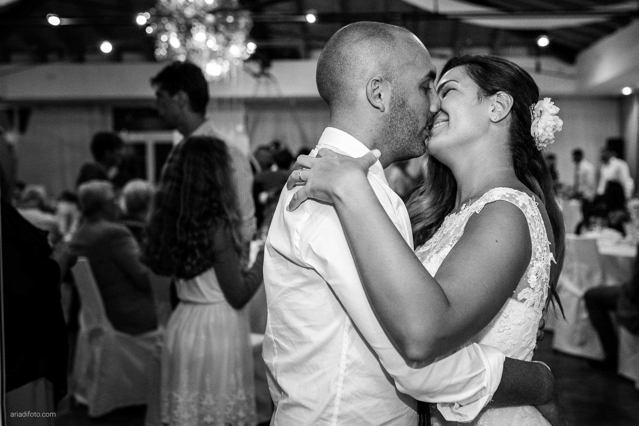 Giorgia Davide Matrimonio Villa Revoltella Salvia Rosmarino Trieste ricevimento festa balli
