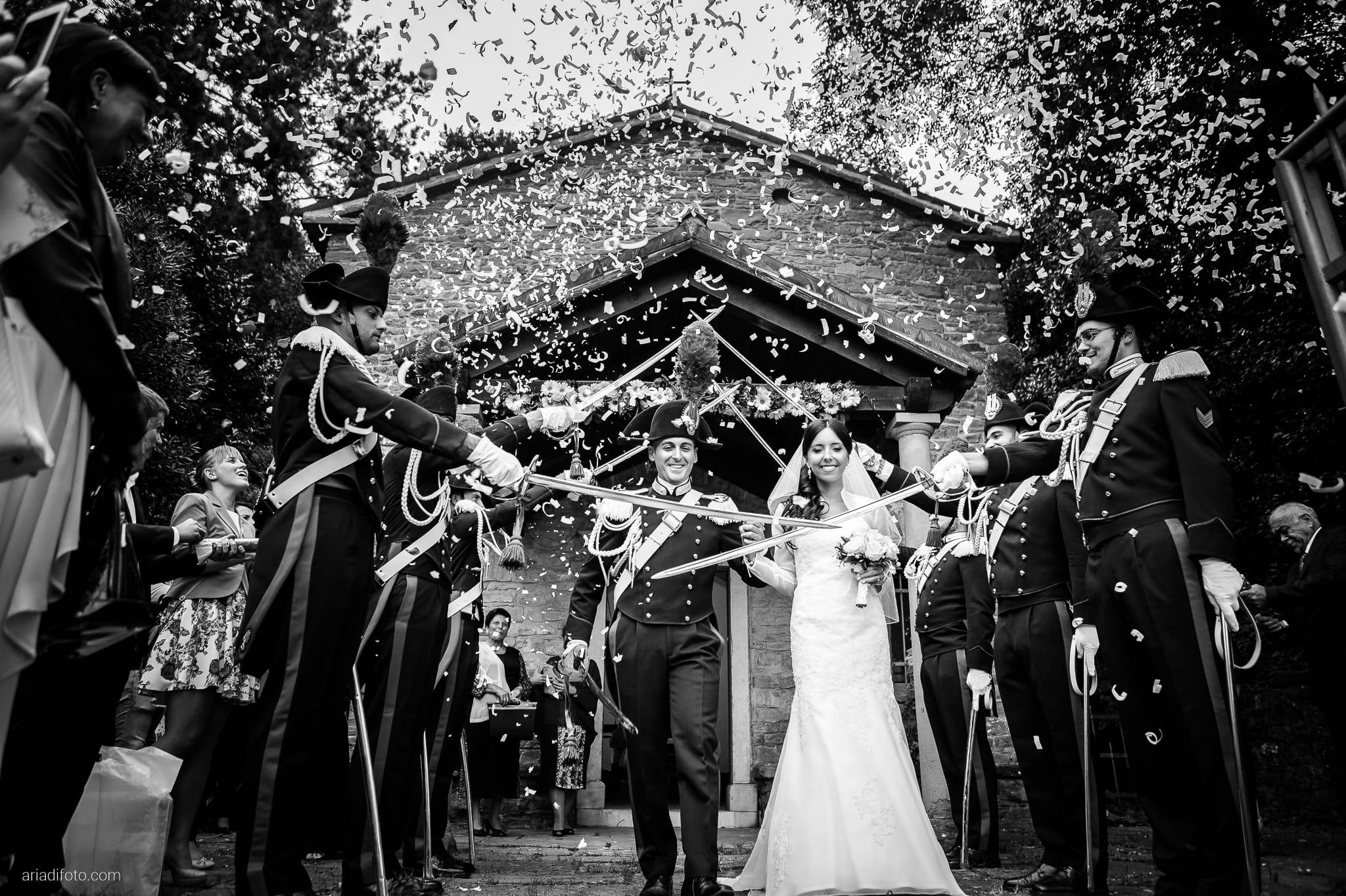 Magdalena Massimo Matrimonio Chiesa SS. Giovanni e Pelagio Ristorante Le Terrazze Riviera Trieste lancio del riso cerimonia picchetto