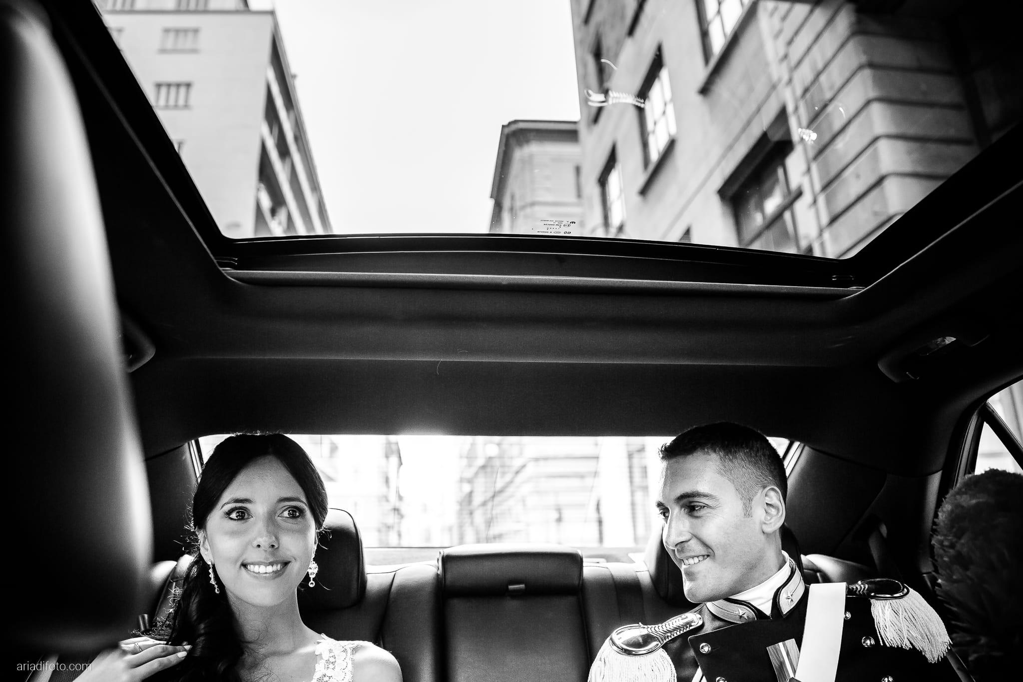 Magdalena Massimo Matrimonio Ristorante Le Terrazze Riviera Trieste momenti auto sposi