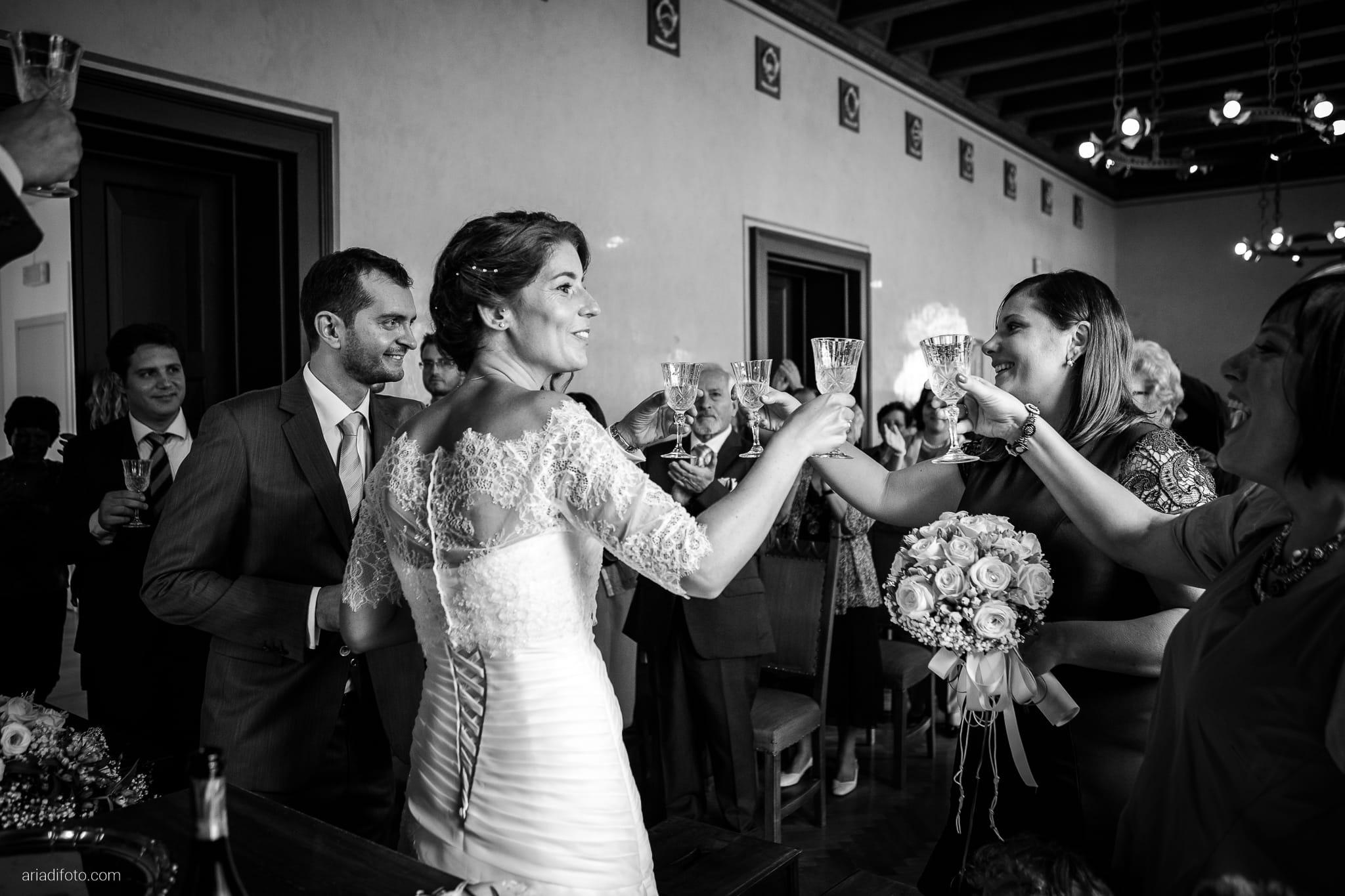 Rossella Stefano Matrimonio Municipio di Muggia Mulin Koper Slovenia cerimonia brindisi