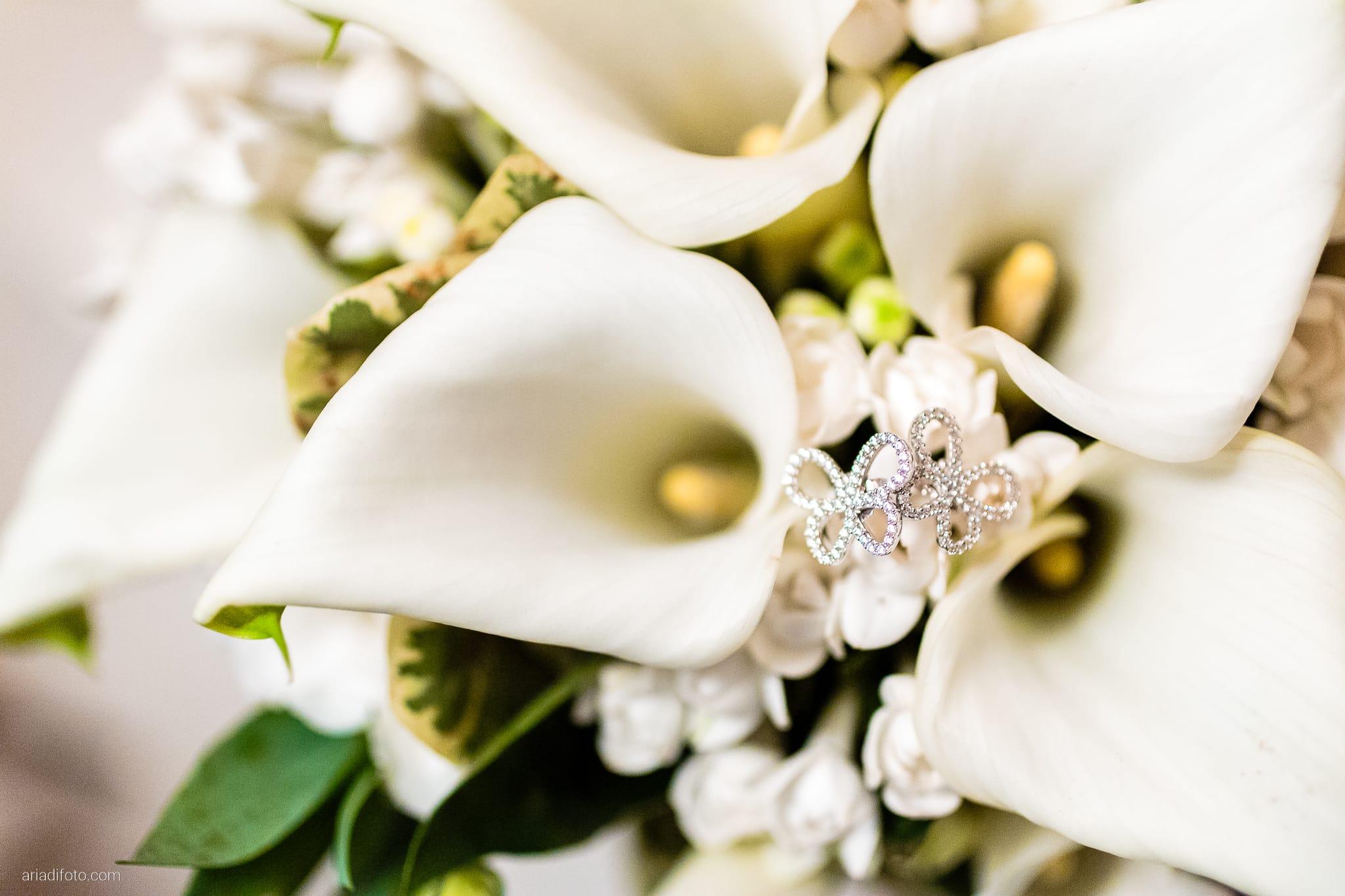 Eleonora Elia Matrimonio Tarcento Udine Baronesse Tacco Gorizia preparativi dettagli orecchini bouquet calle