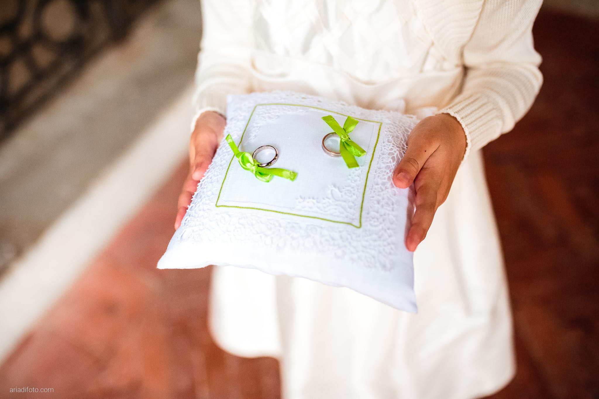 Eleonora Elia Matrimonio Chiesa Santa Eufemia Tarcento Udine Baronesse Tacco Gorizia cerimonia dettagli anelli