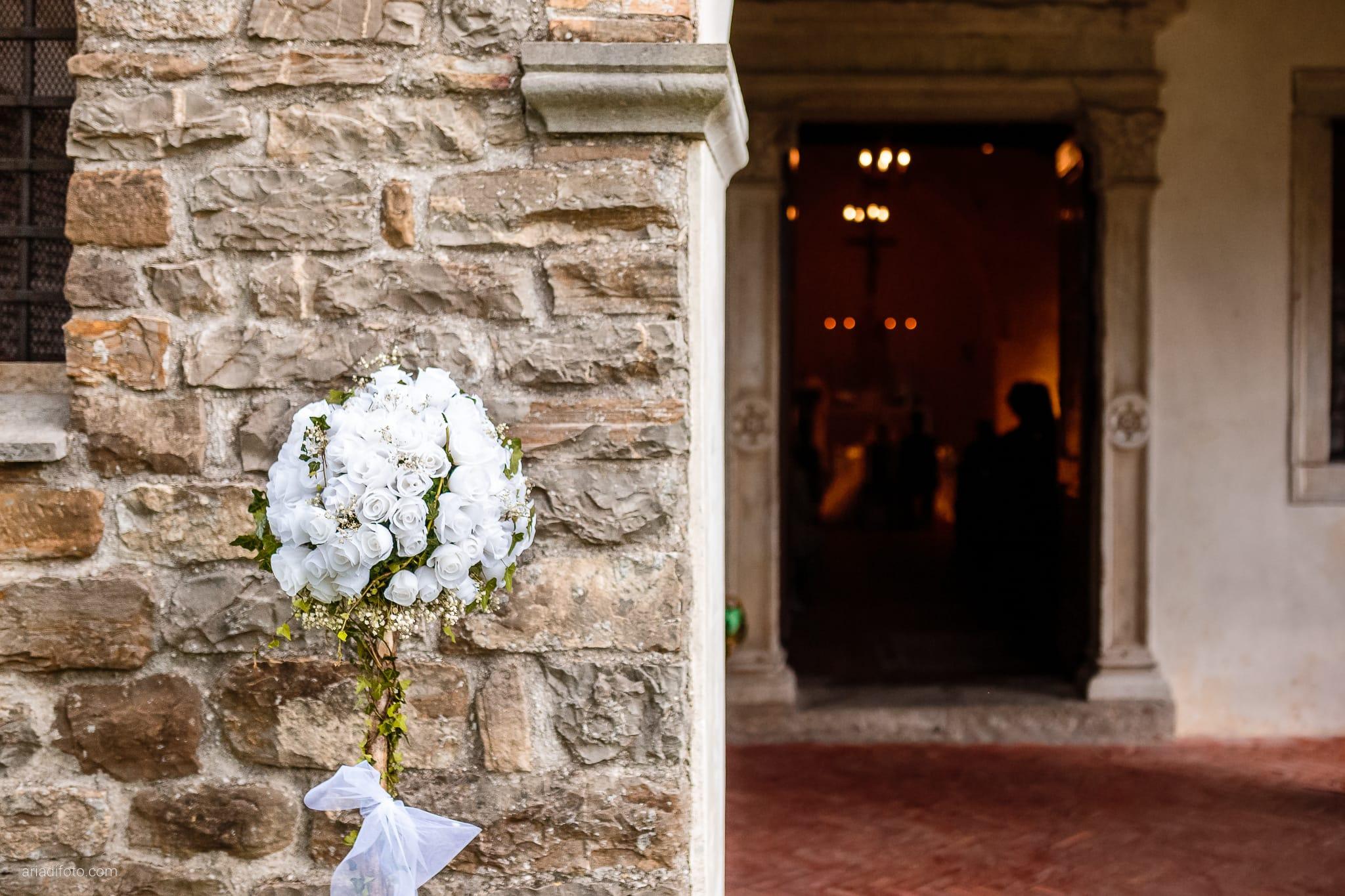 Eleonora Elia Matrimonio Chiesa Santa Eufemia Tarcento Udine Baronesse Tacco Gorizia cerimonia dettagli fiori rose