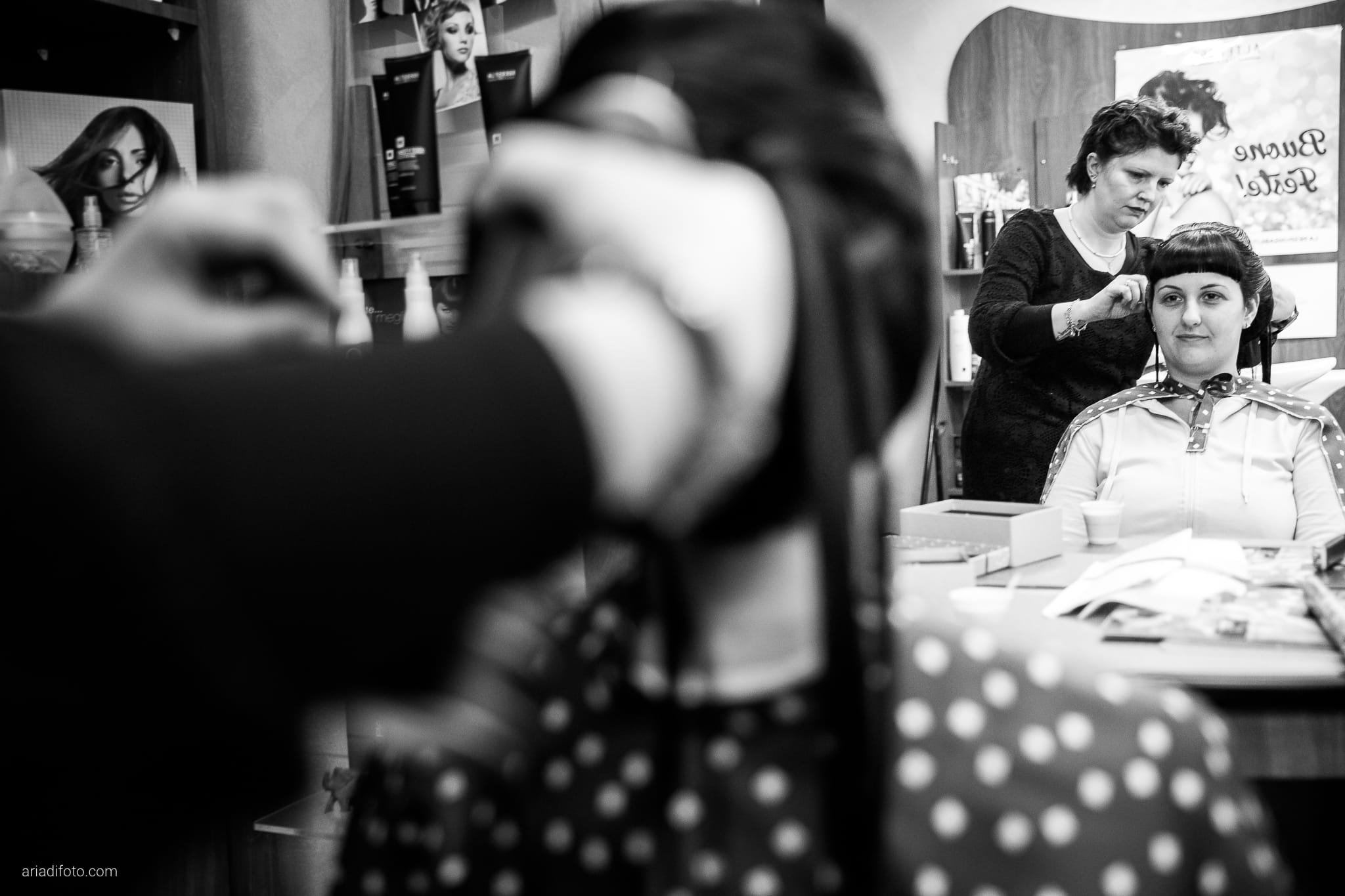 Agnese Alessandro Matrimonio Centro Visite Gradina Doberdo Gorizia Farra preparativi acconciatura specchio riflesso