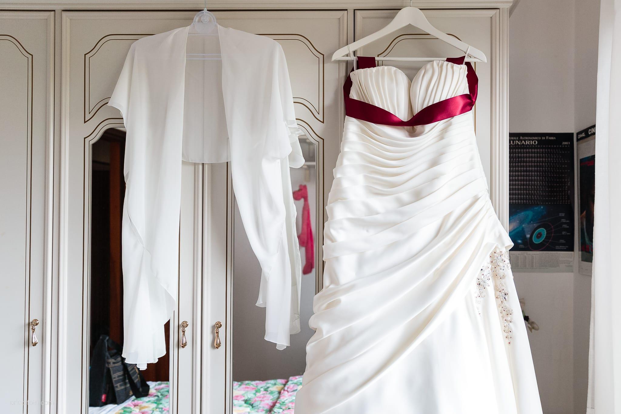Agnese Alessandro Matrimonio Centro Visite Gradina Doberdo Gorizia Farra preparativi dettagli abito sposa