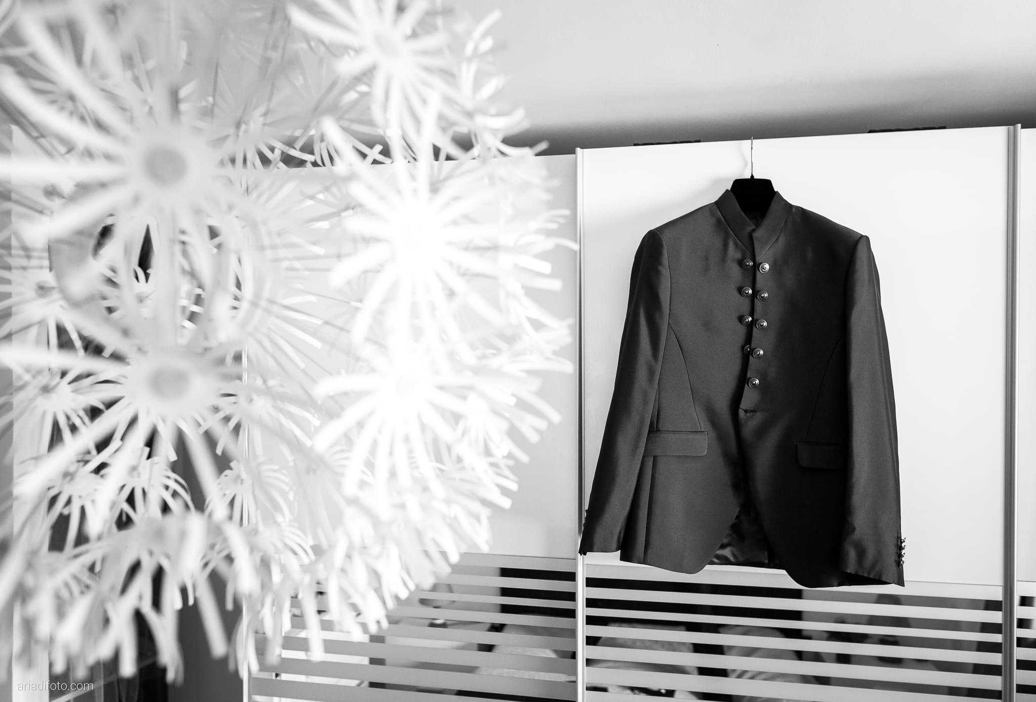 Erica Stefano Matrimonio Duino Castello Spessa Capriva Del Friuli Gorizia preparativi dettagli abito cravatta