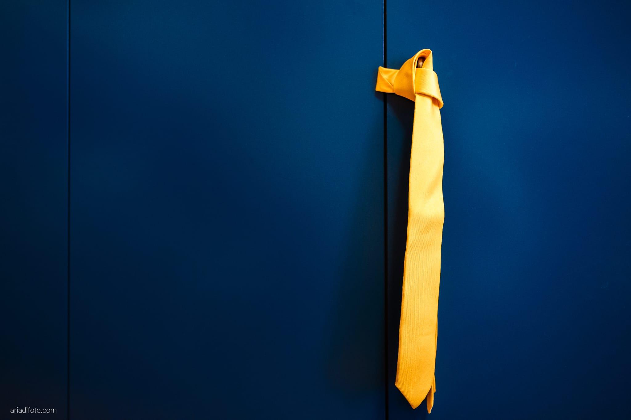Francesca Andrea Matrimonio Muggia Porto San Rocco Marina San Giusto Trieste preparativi dettagli cravatta