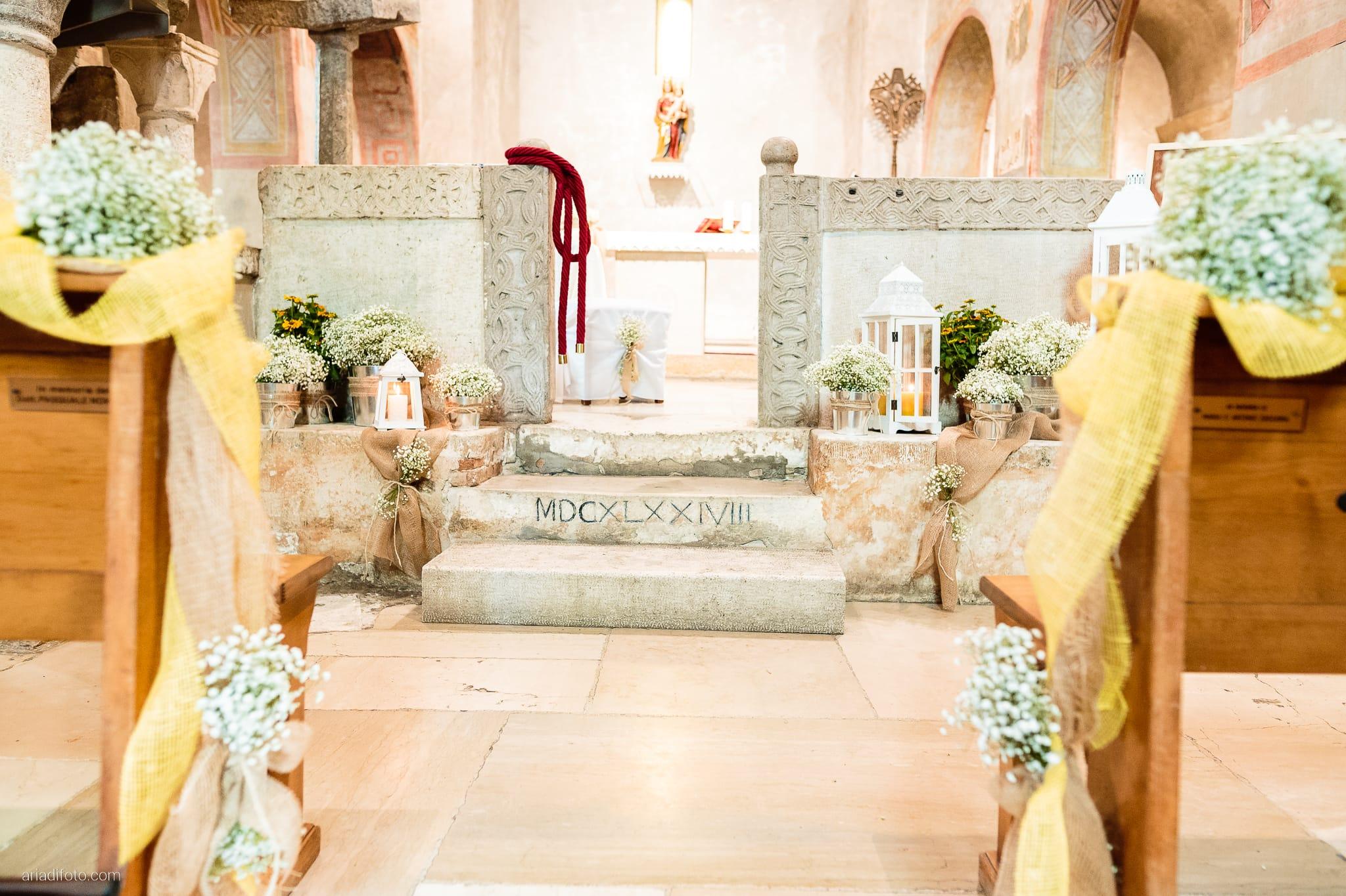 Francesca Andrea Matrimonio Muggia Chiesa Santa Maria Assunta Porto San Rocco Marina San Giusto Trieste cerimonia dettagli fiori lanterne