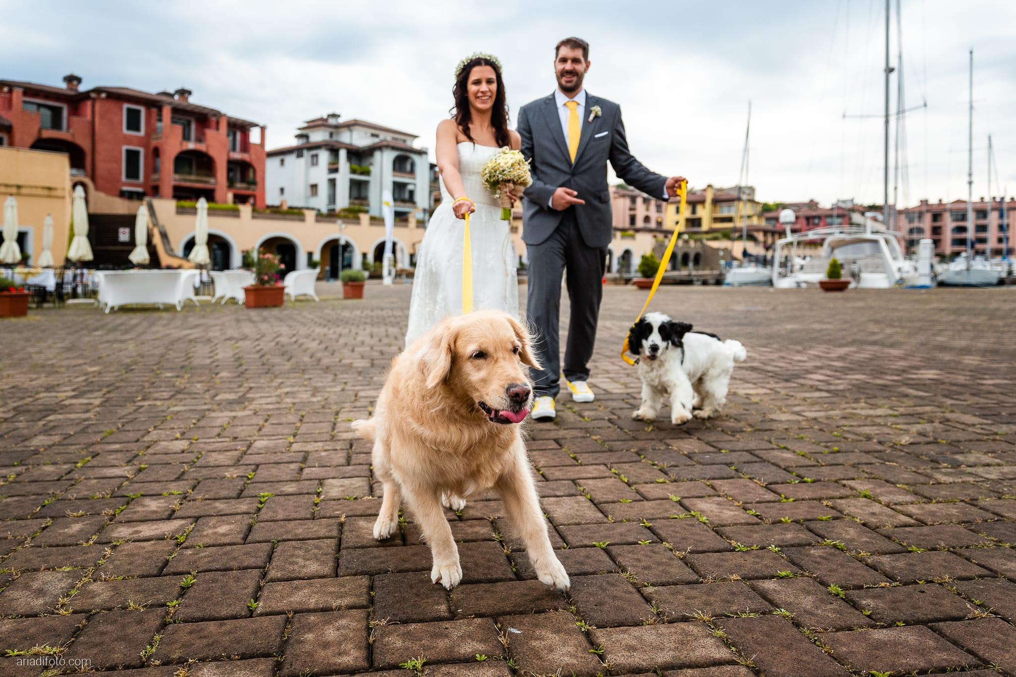 Francesca Andrea Matrimonio Muggia Porto San Rocco Marina San Giusto Trieste ritratti sposi cani golden retriever cocker