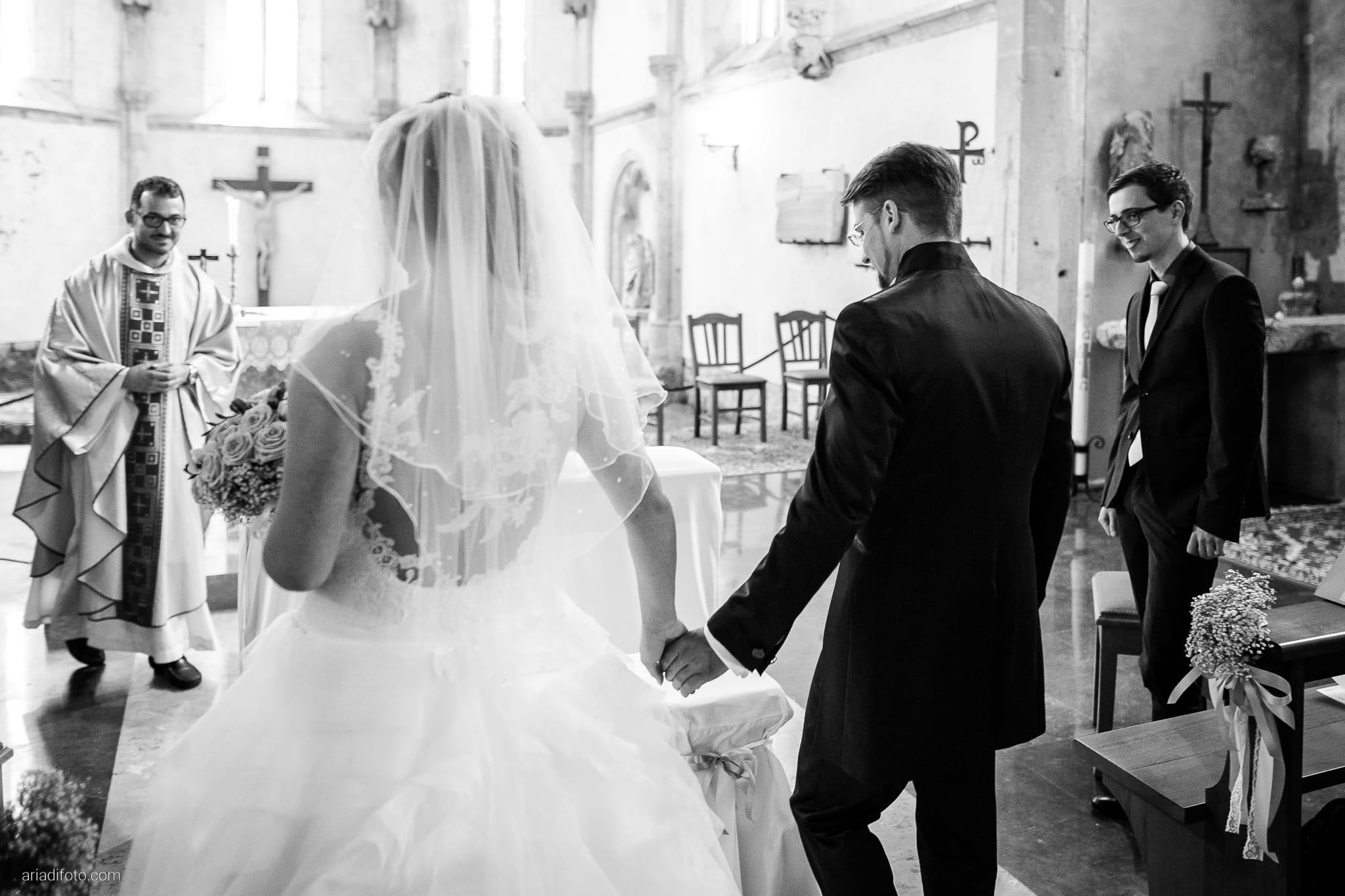 Martina Daniele Matrimonio Duino San Giovanni in Tuba Baronesse Tacco Collio Gorizia cerimonia ingresso sposa