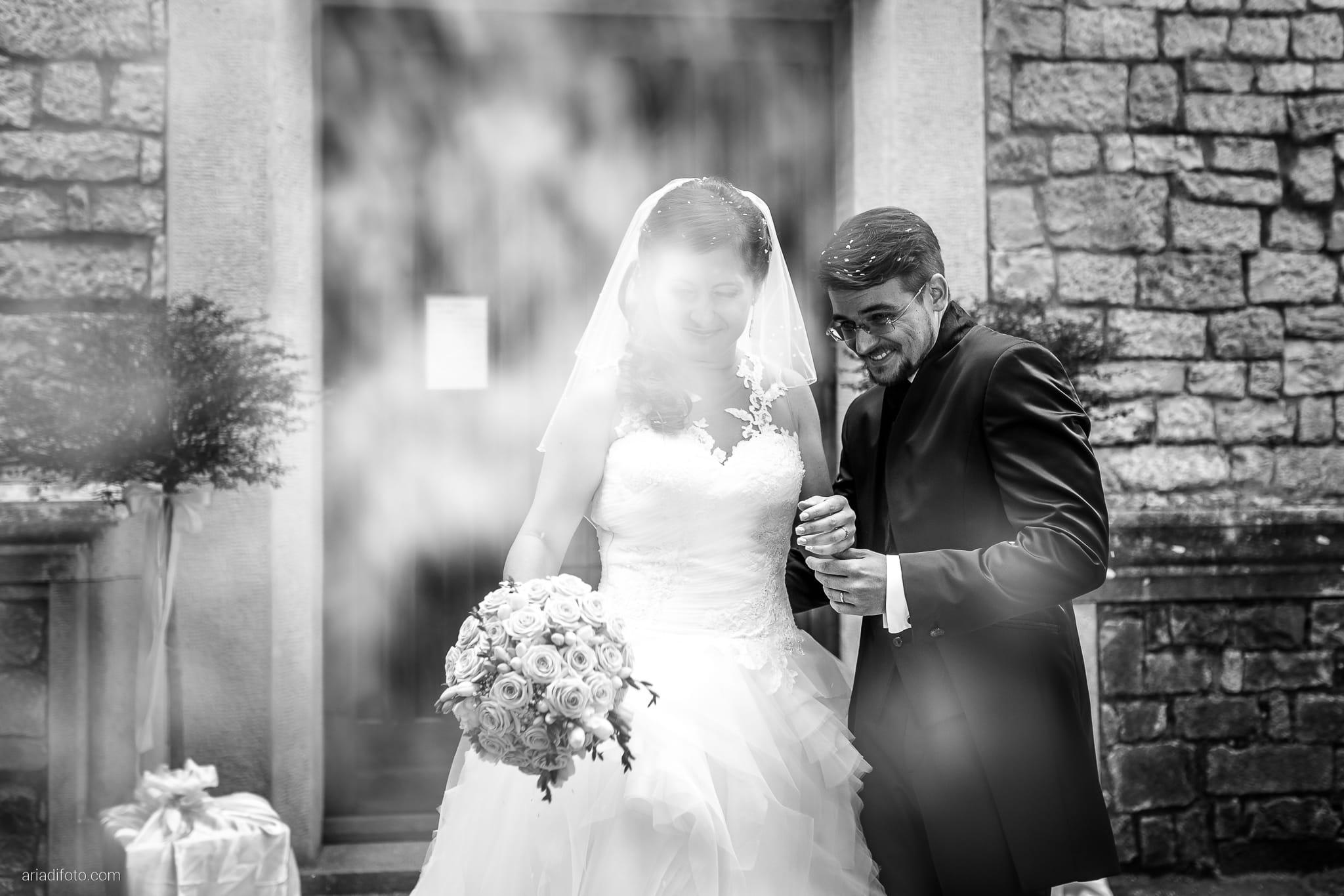 Martina Daniele Matrimonio Duino Baronesse Tacco Collio Gorizia cerimonia lancio del riso