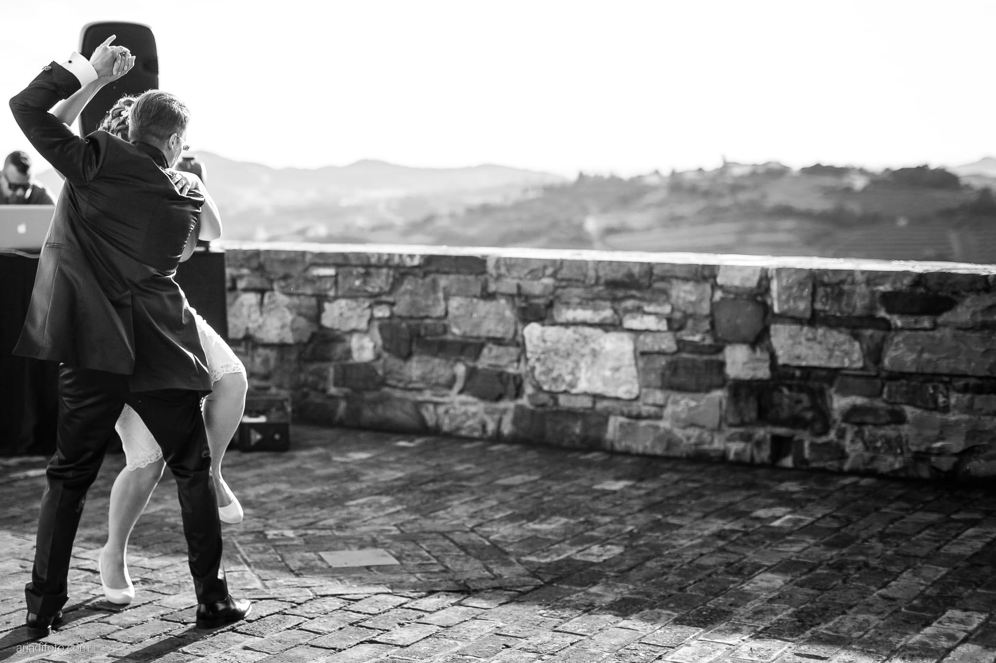 Martina Daniele Matrimonio Duino Baronesse Tacco Collio Gorizia ricevimento festa primo ballo tango