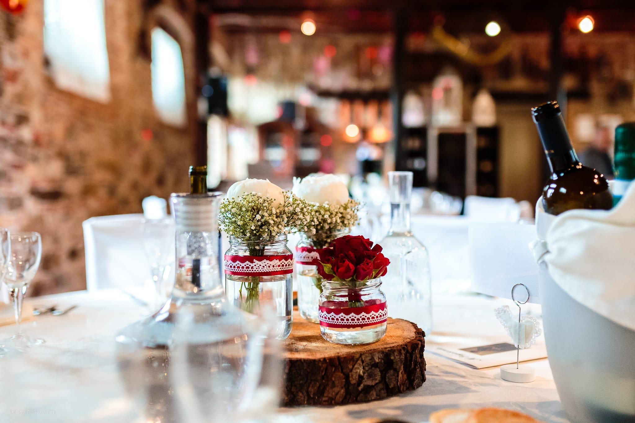 Sarah Matteo Matrimonio Moruzzo Agriturismo Il Vagabondo Buttrio Udine ricevimento dettagli centrotavola allestimenti decorazioni