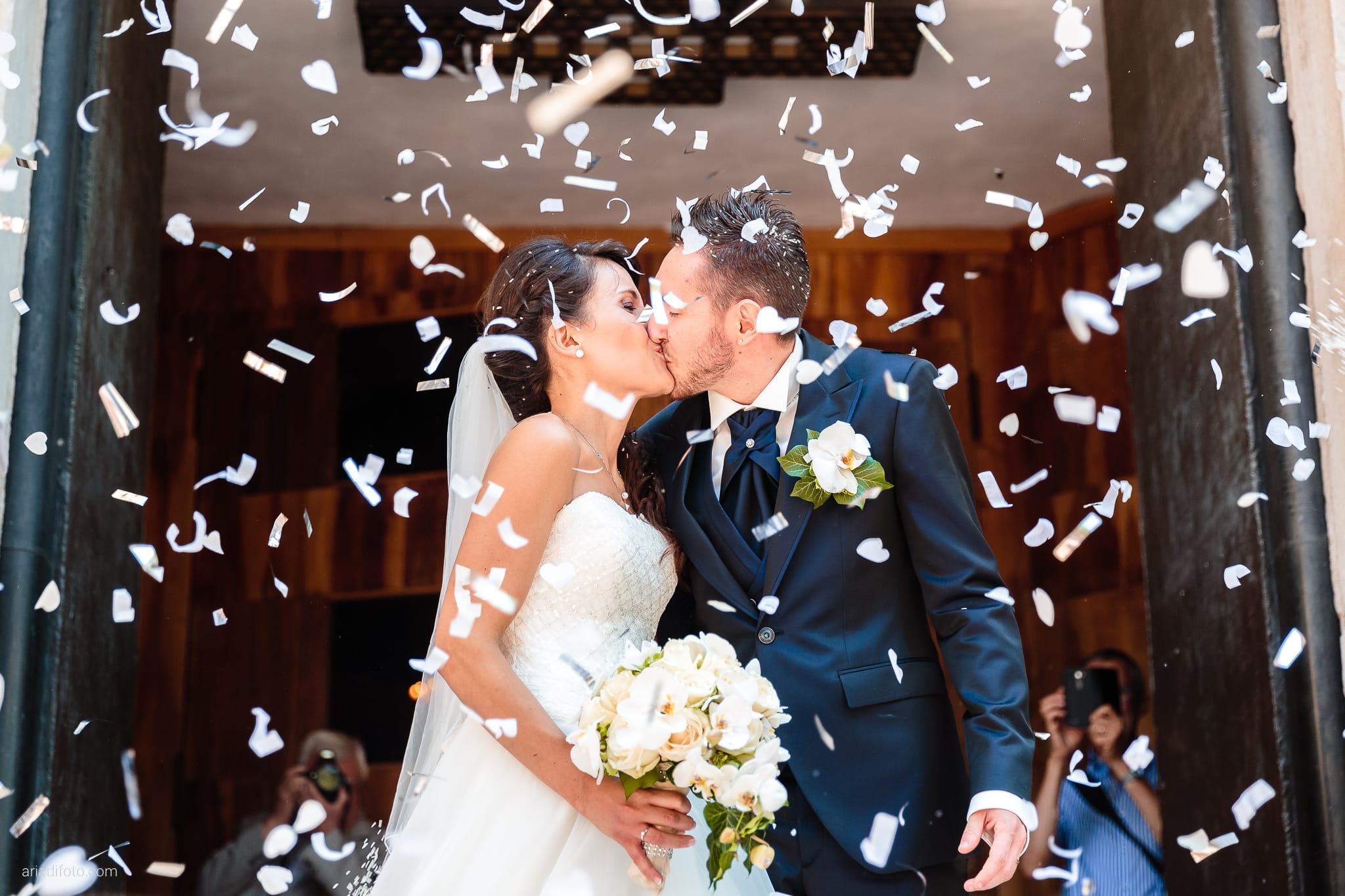 Mariarita Matteo Matrimonio Trieste Villa Attems Cernozza Postcastro Lucinico Gorizia lancio del riso