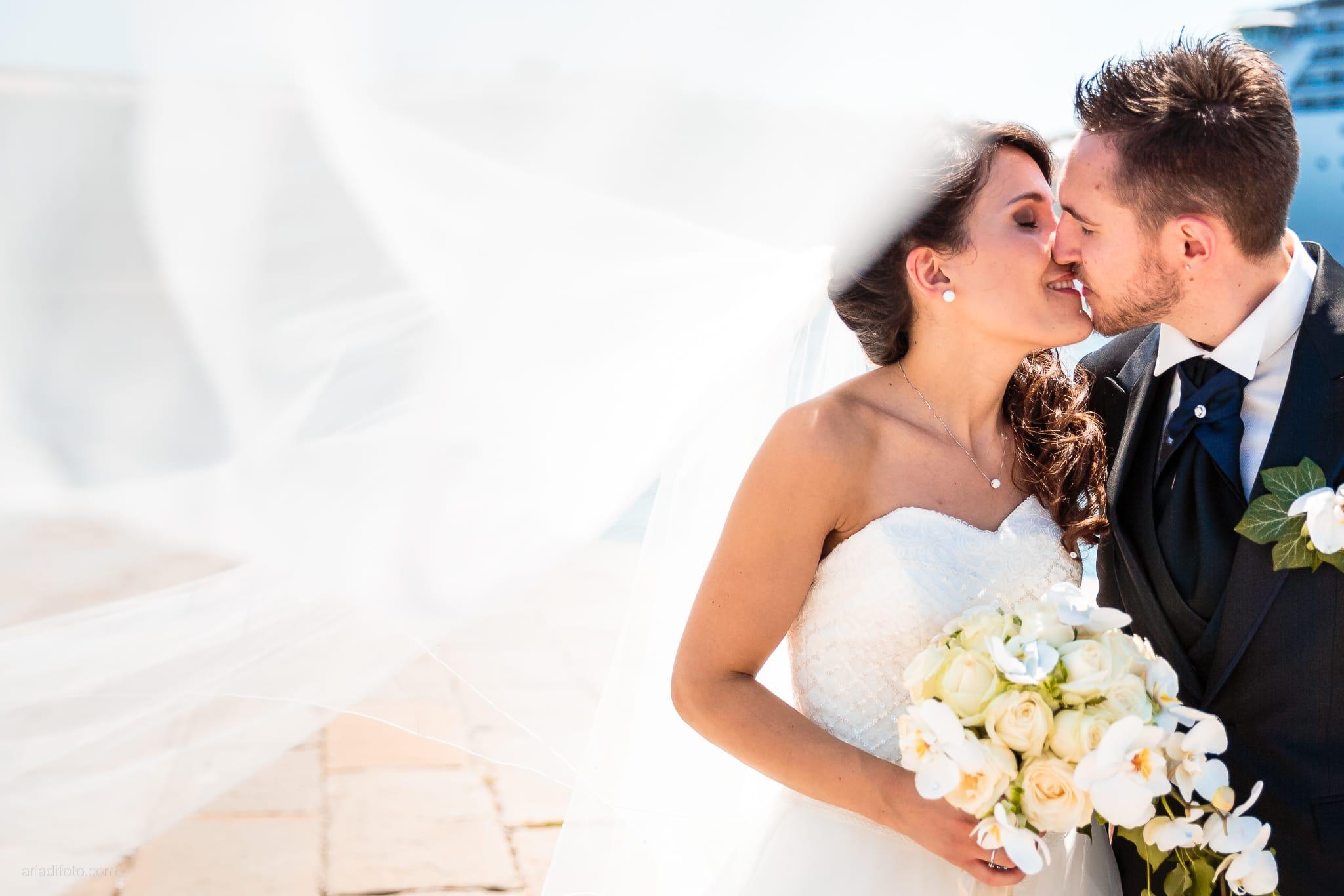 Mariarita Matteo Matrimonio Trieste Villa Attems Cernozza Postcastro Lucinico Gorizia ritratti sposi Molo Audace
