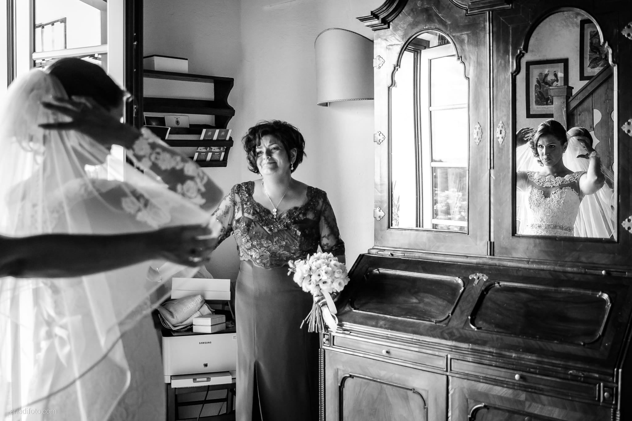 Sofia Mario Matrimonio Baronesse Tacco Collio Gorizia preparativi specchio riflesso