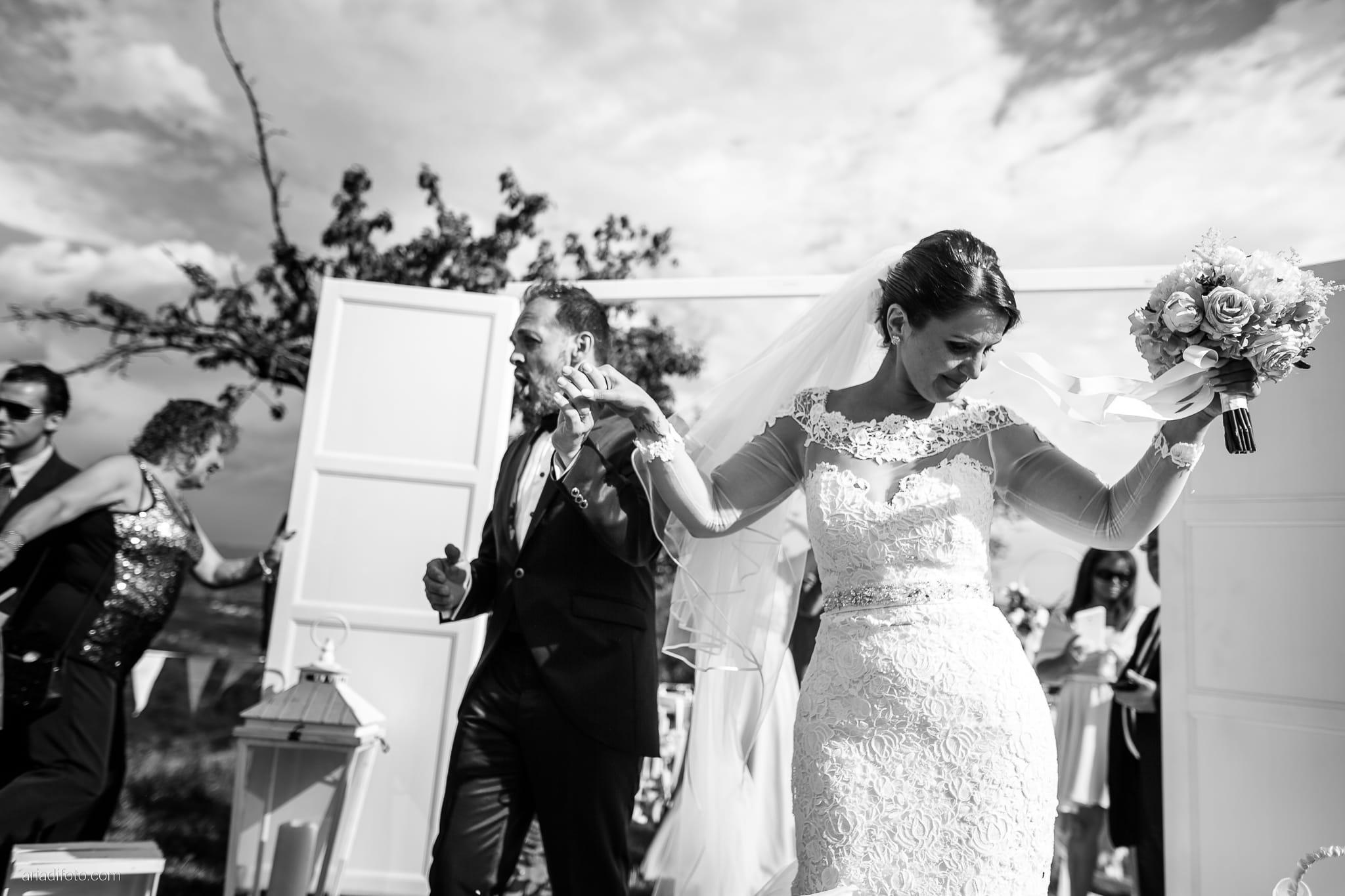 Sofia Mario Matrimonio Baronesse Tacco Collio Gorizia lancio del riso