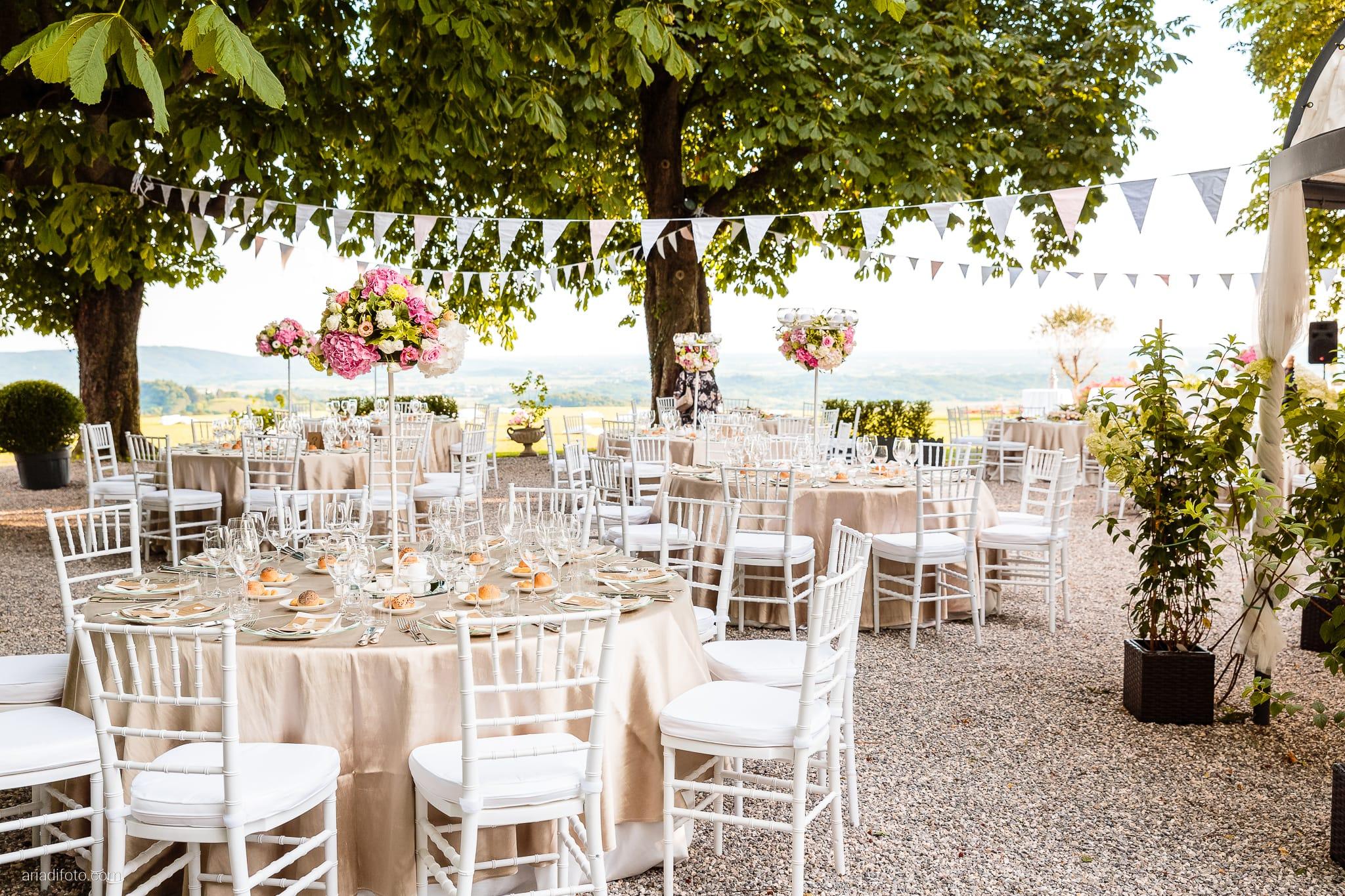 Sofia Mario Matrimonio Baronesse Tacco Collio Gorizia ricevimento dettagli sala allestimenti decorazioni centrotavola