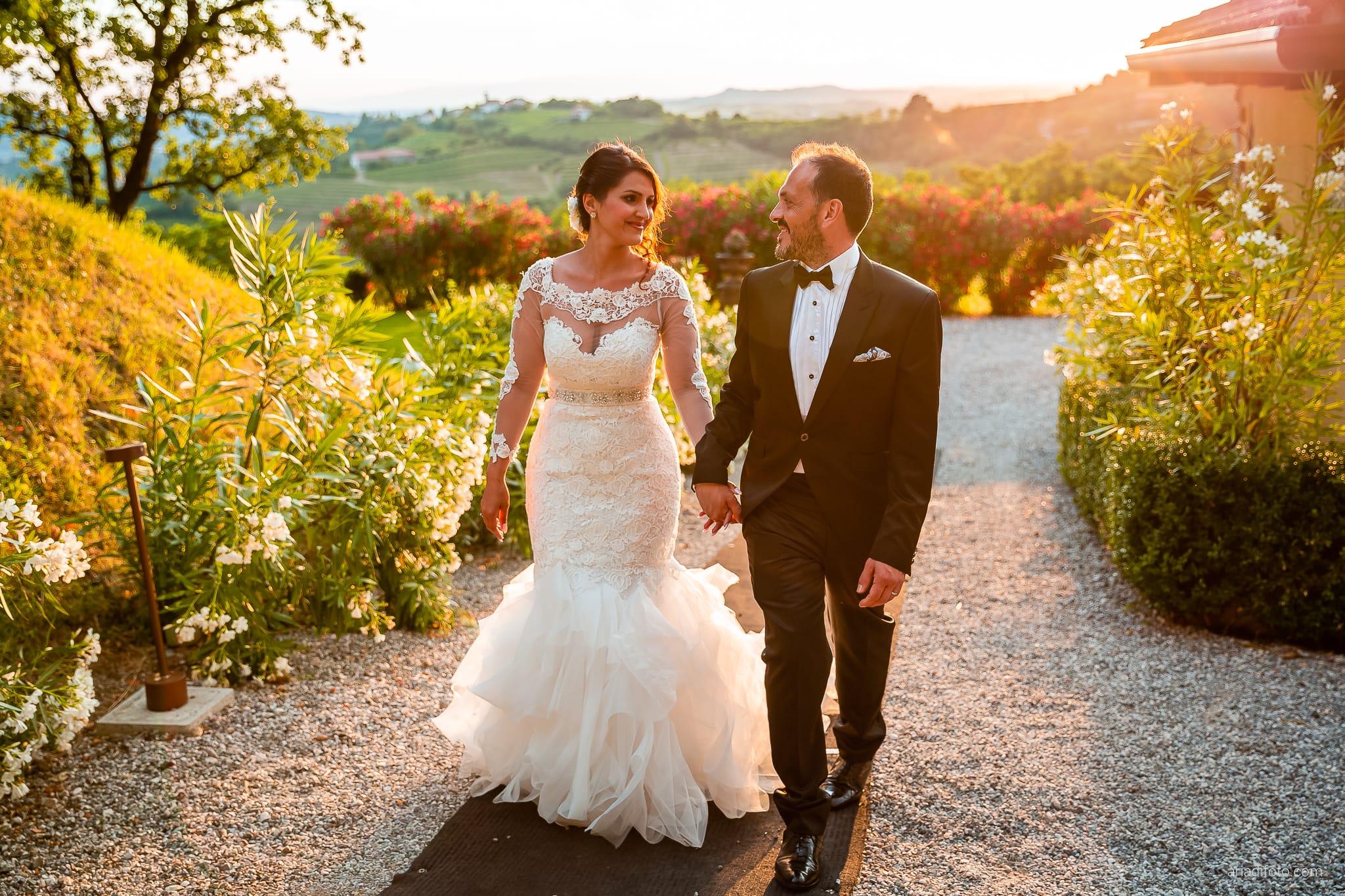 Sofia Mario Matrimonio Baronesse Tacco Collio Gorizia ritratti sposi tramonto