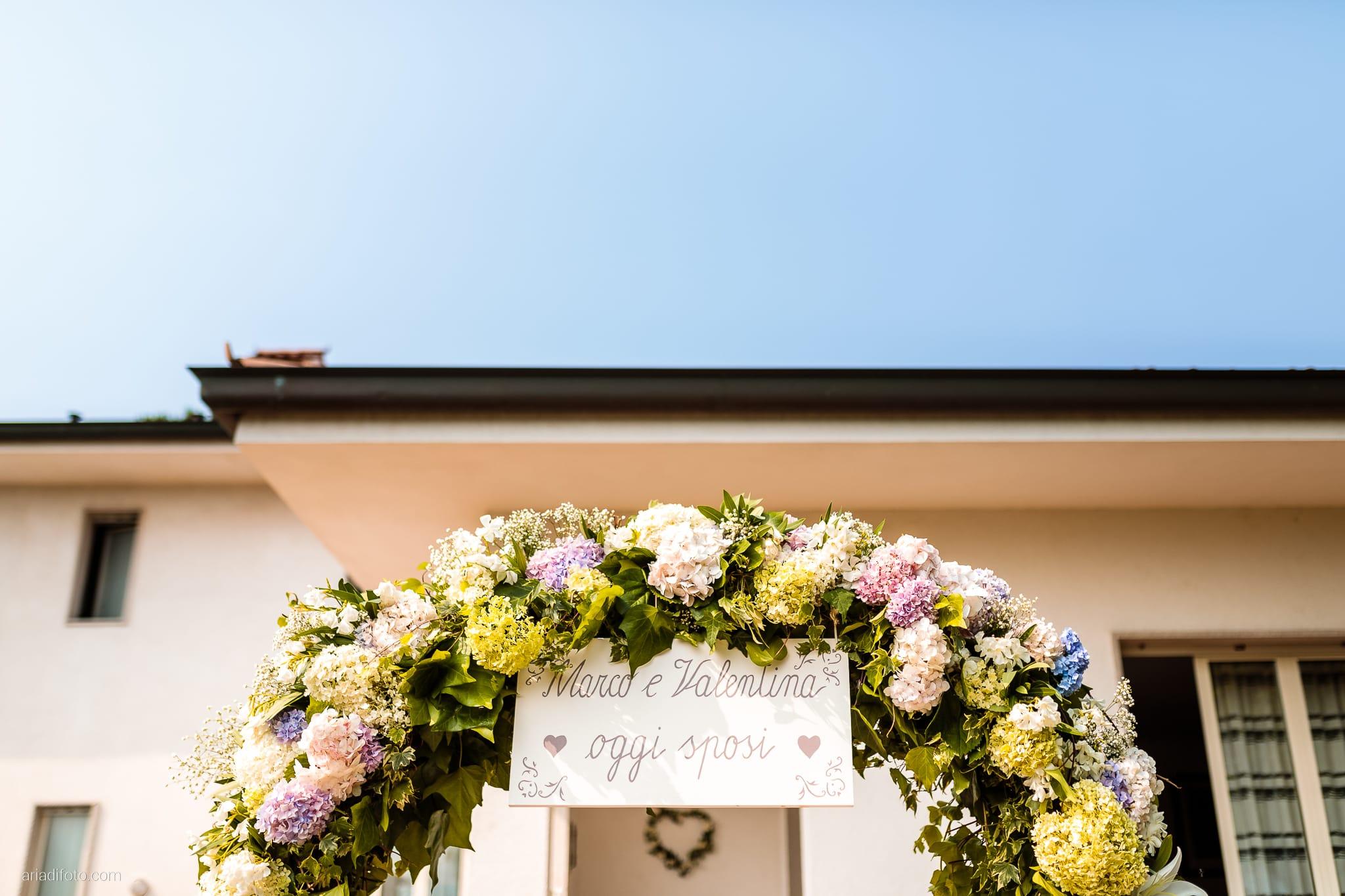 Valentina Marco Matrimonio Duomo Gorizia Castelvecchio Sagrado preparativi sposa dettagli arco fiori