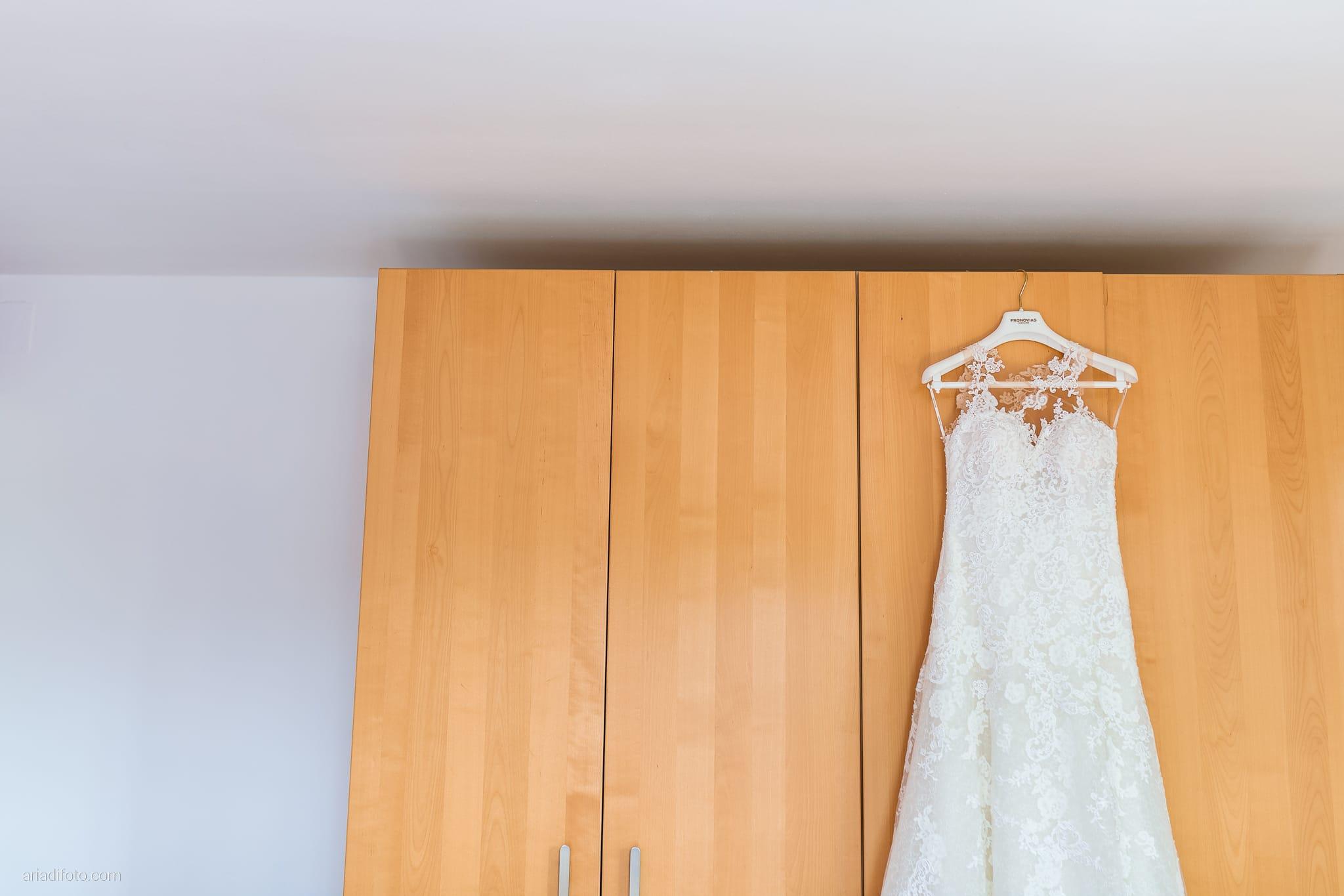 Valentina Marco Matrimonio Duomo Gorizia Castelvecchio Sagrado preparativi sposa dettagli abito