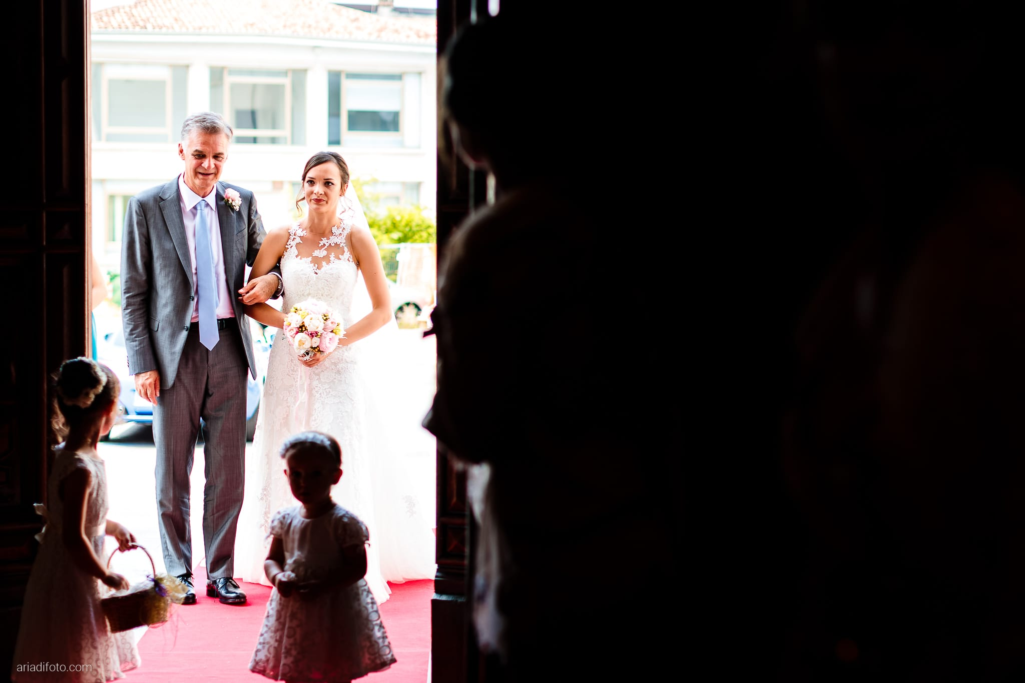 Valentina Marco Matrimonio Duomo Gorizia Castelvecchio Sagrado cerimonia cattolica ingresso sposa