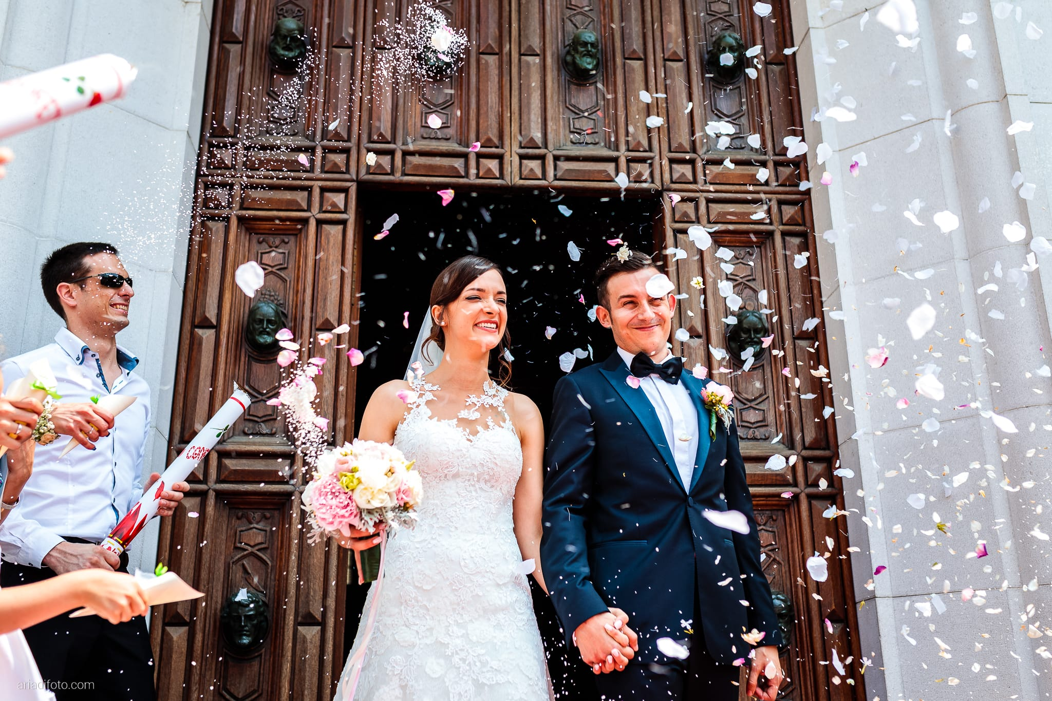Valentina Marco Matrimonio Duomo Gorizia Castelvecchio Sagrado cerimonia cattolica lancio del riso