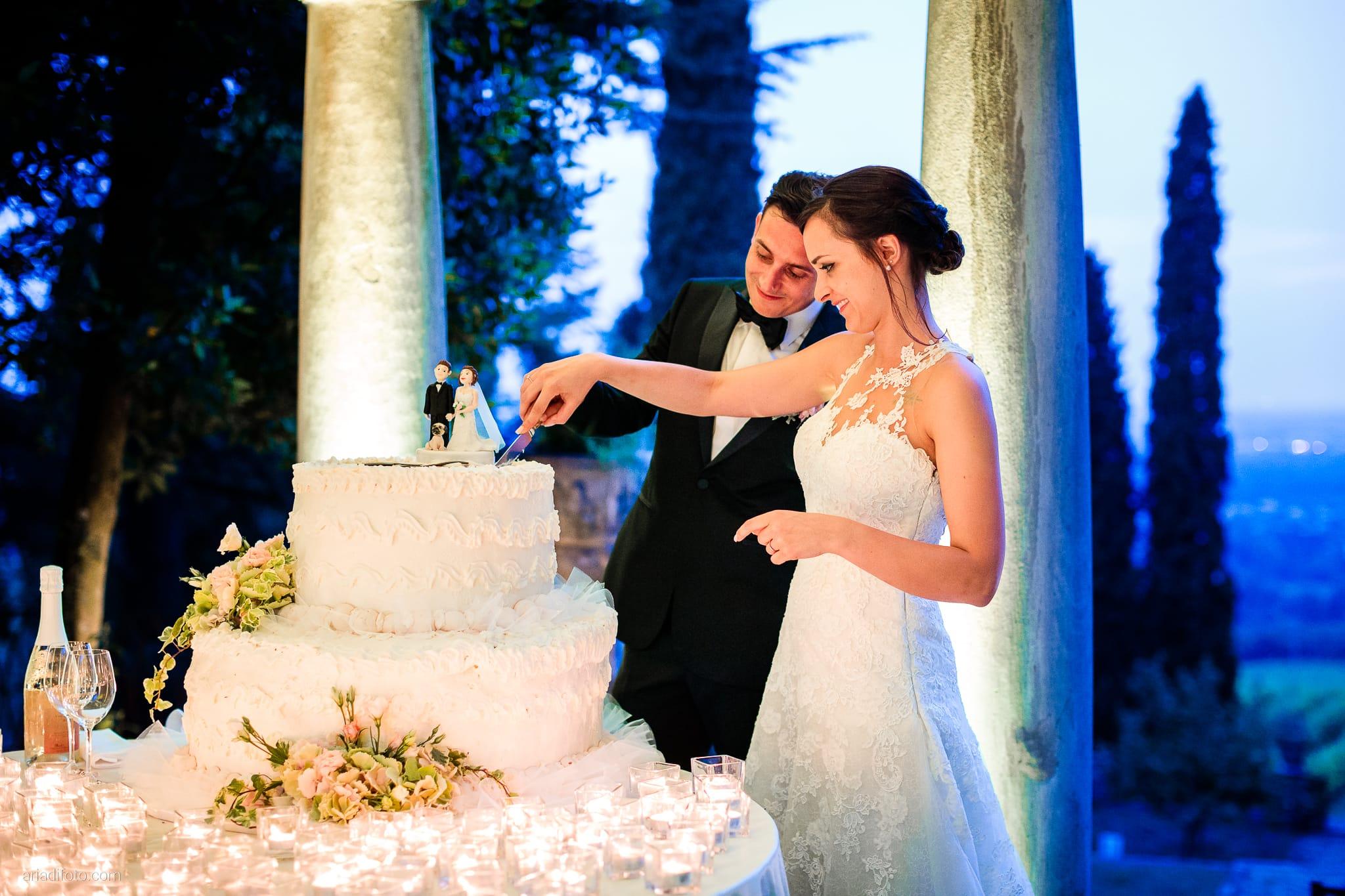 Valentina Marco Matrimonio Duomo Gorizia Castelvecchio Sagrado ricevimento taglio della torta