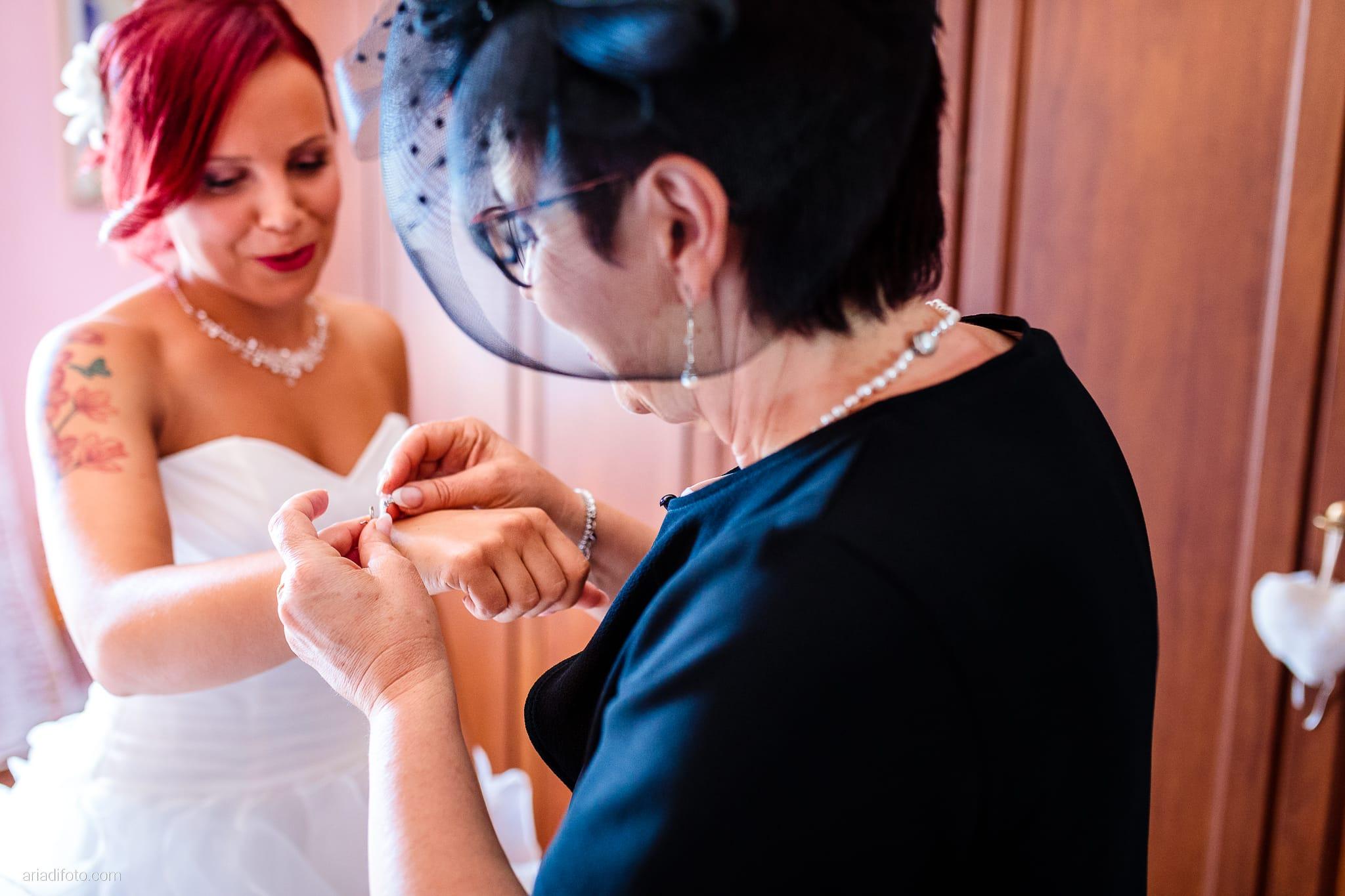 Alice Paolo Matrimonio San Giorgio Villa Iachia Ruda Udine preparativi sposa bracciale