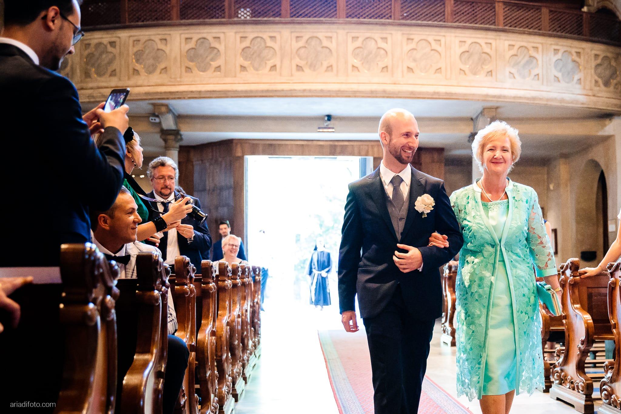 Ester Francesco Matrimonio Cattedrale Castello San Giusto Molo IV Trieste cerimonia ingresso sposo