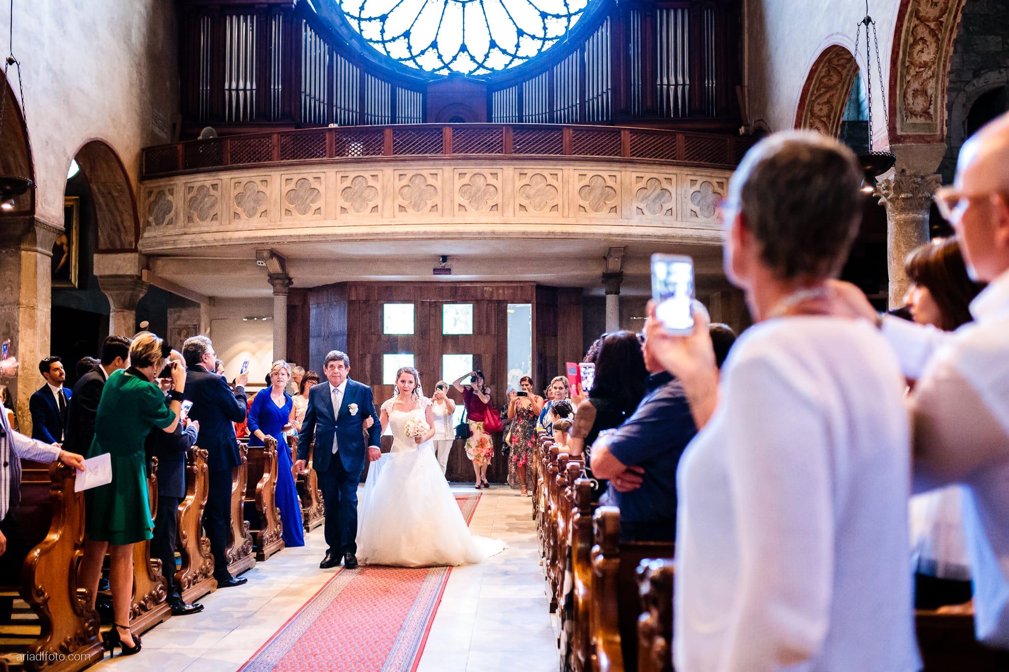 Ester Francesco Matrimonio Cattedrale Castello San Giusto Molo IV Trieste cerimonia ingresso sposa