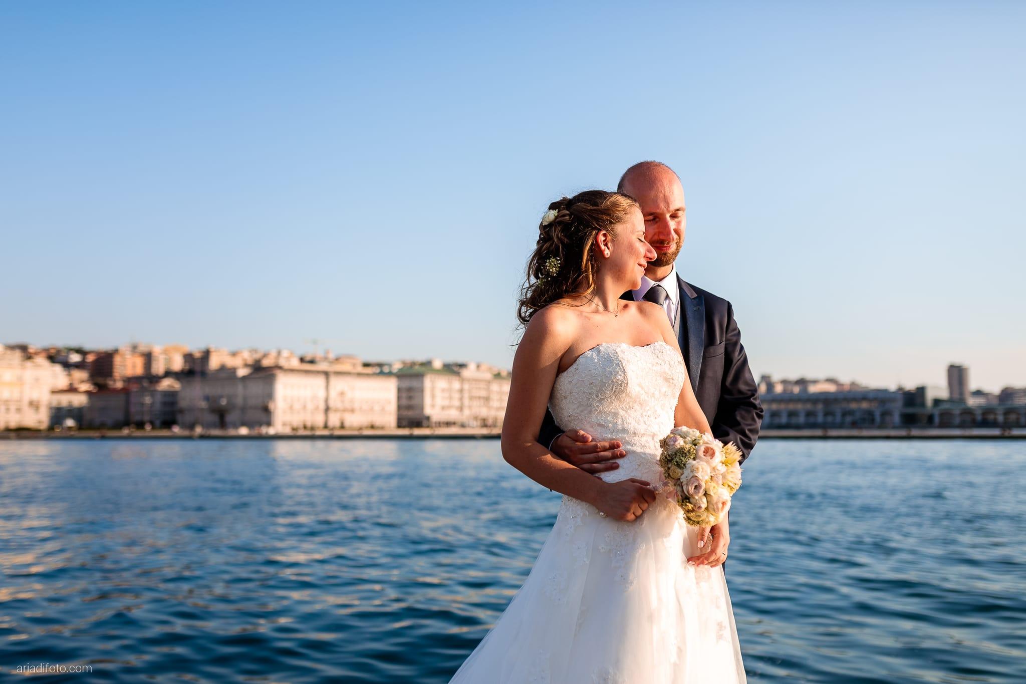 Ester Francesco Matrimonio Cattedrale Castello San Giusto Molo IV Trieste ritratti sposi mare