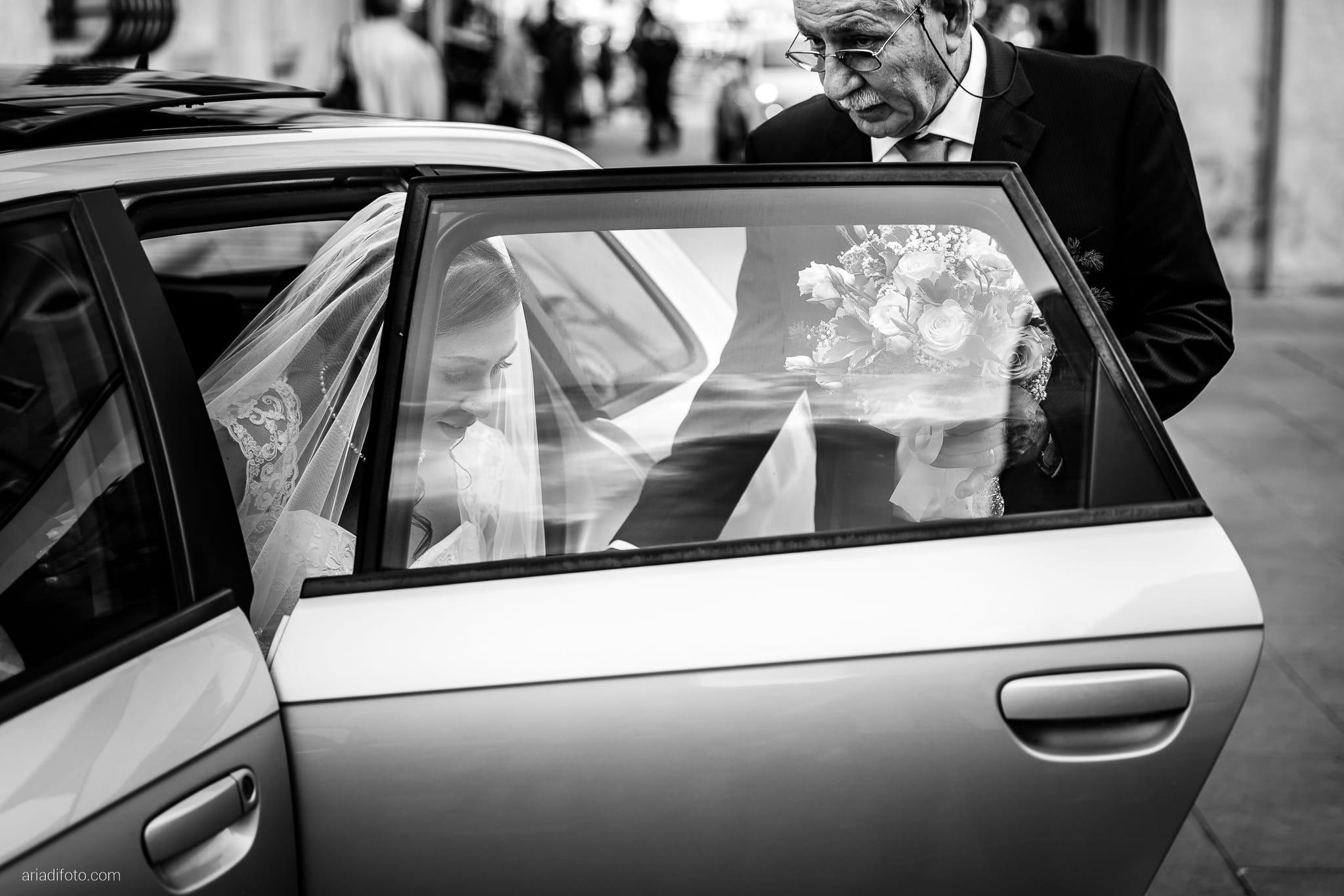 Maria Emanuela Fabio Matrimonio Muggia Porto Vecchio Agriturismo Hermada Duino Trieste cerimonia arrivo sposa
