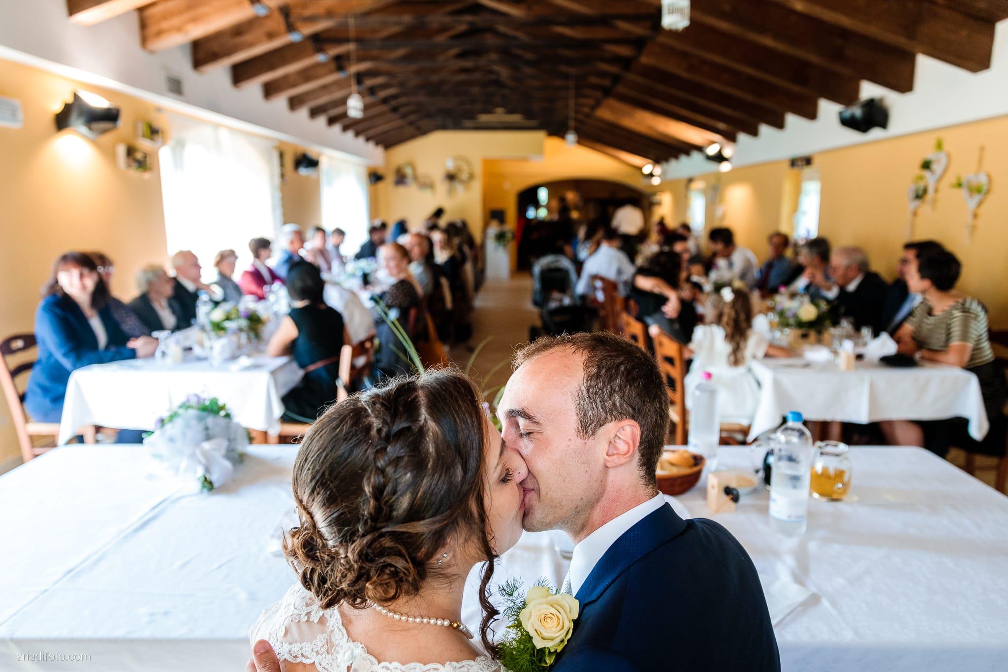 Maria Emanuela Fabio Matrimonio Muggia Porto Vecchio Agriturismo Hermada Duino Trieste ricevimento momenti