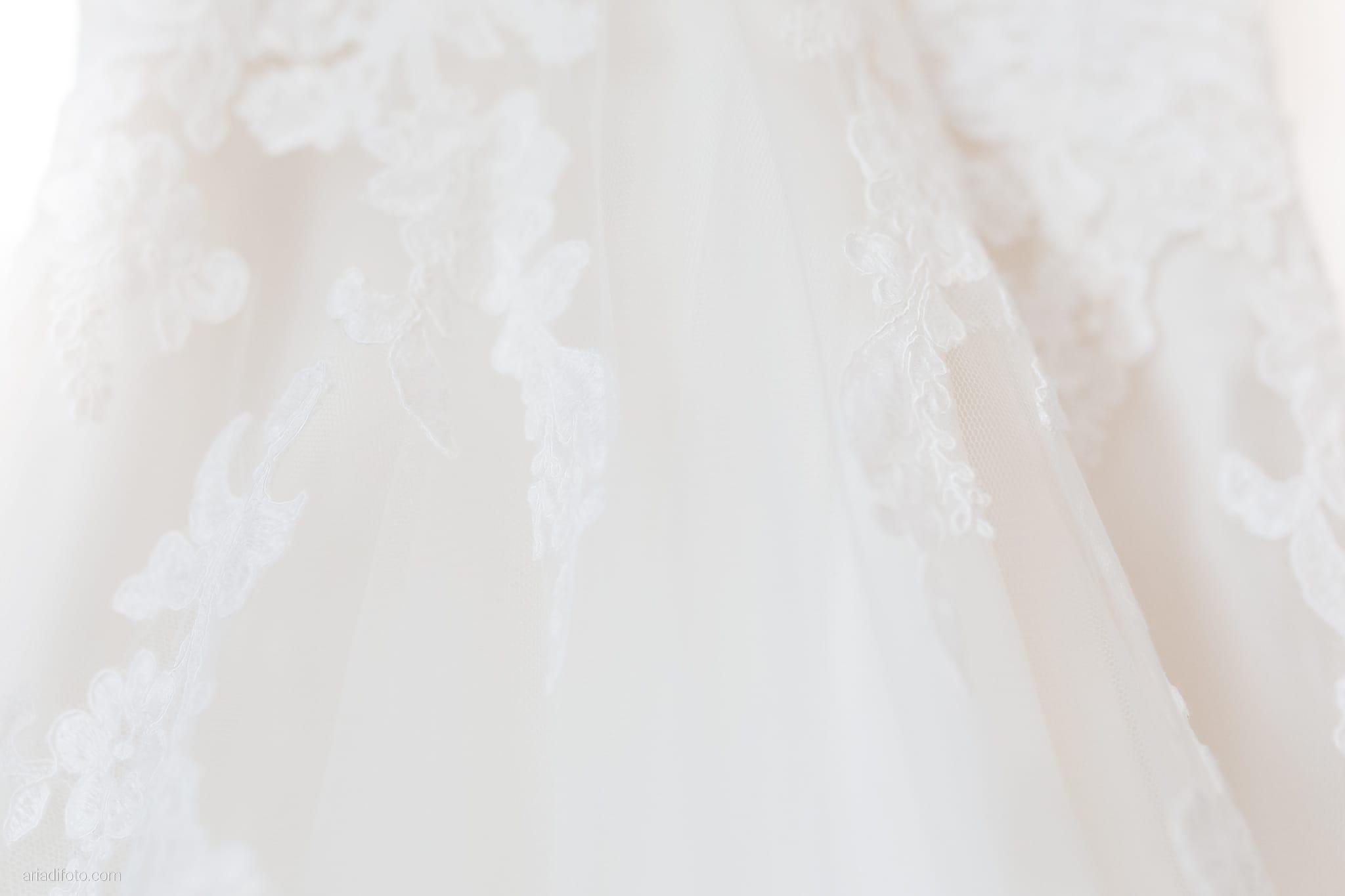 Nicoletta Pierfrancesco Matrimonio Gorizia Villa Attems Lucinico preparativi sposa abito pizzo