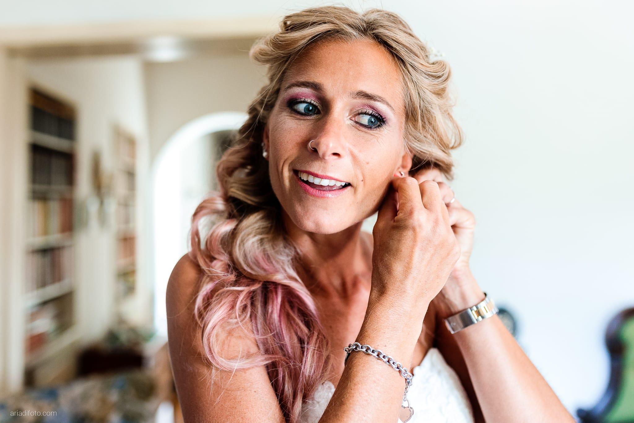 Nicoletta Pierfrancesco Matrimonio Gorizia Villa Attems Lucinico preparativi sposa vestizione orecchini