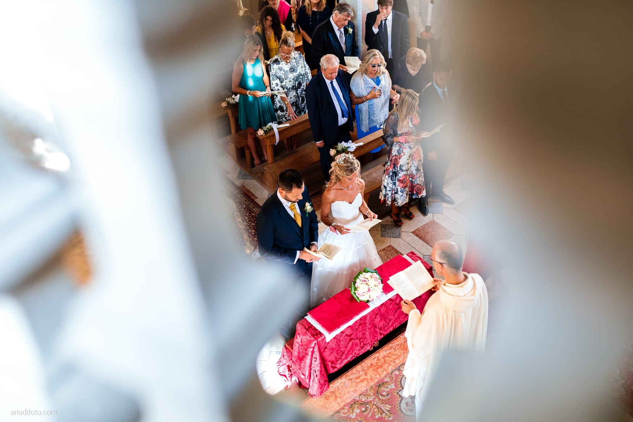 Nicoletta Pierfrancesco Matrimonio Gorizia Villa Attems Lucinico Cerimonia Chiesa Sant'Antonio cornice framing