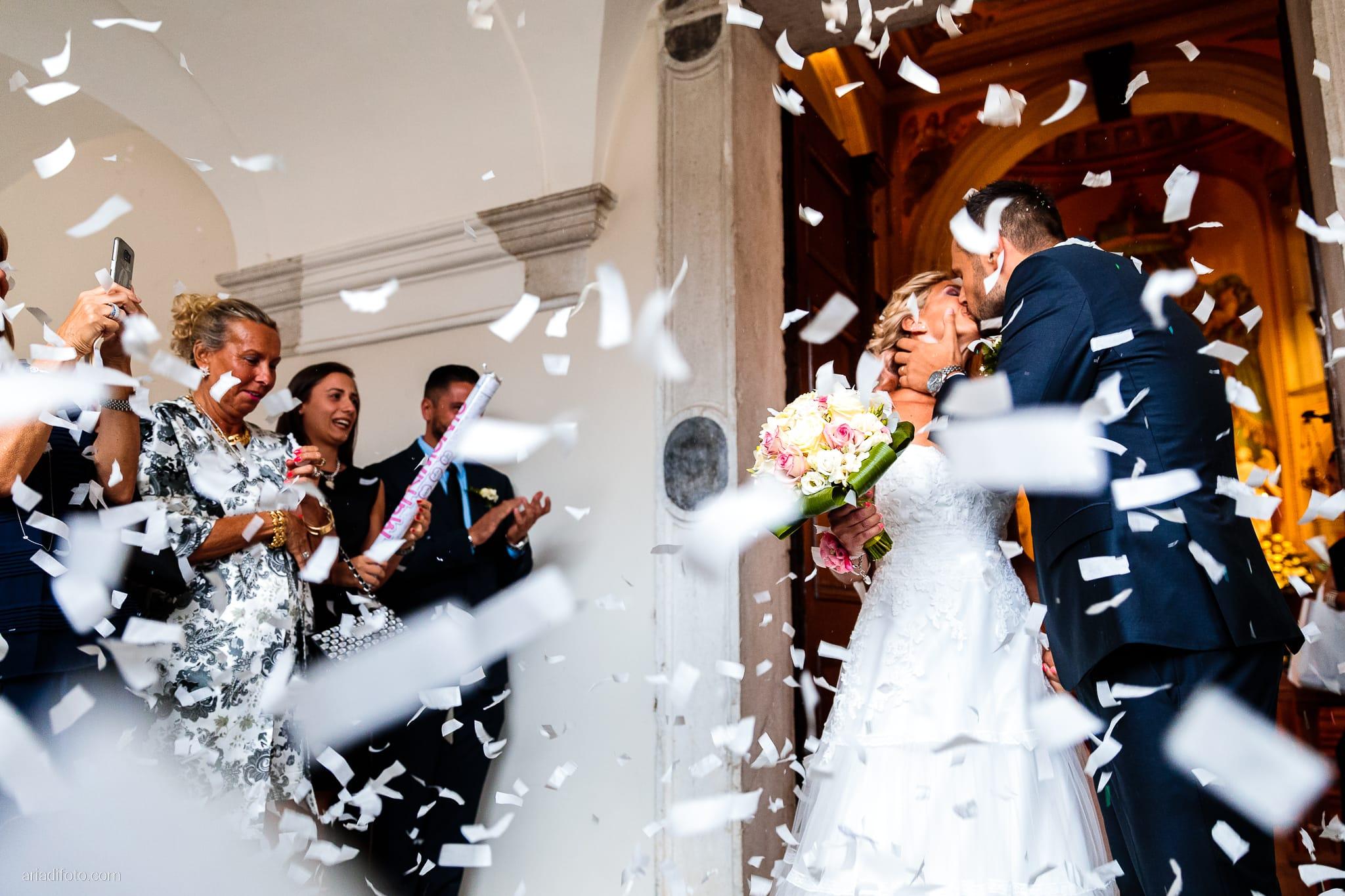 Nicoletta Pierfrancesco Matrimonio Gorizia Villa Attems Lucinico Cerimonia Chiesa Sant'Antonio lancio del riso