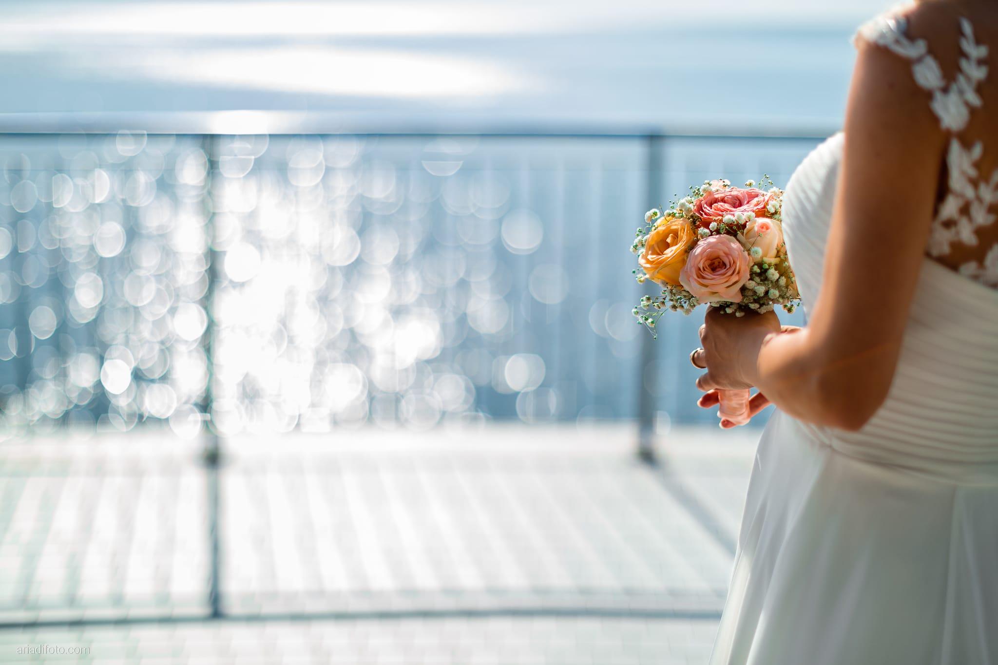 Tatiana Marco Matrimonio Trieste Baronesse Tacco San Floriano Collio Gorizia ritratti sposi Barcola bouquet rose