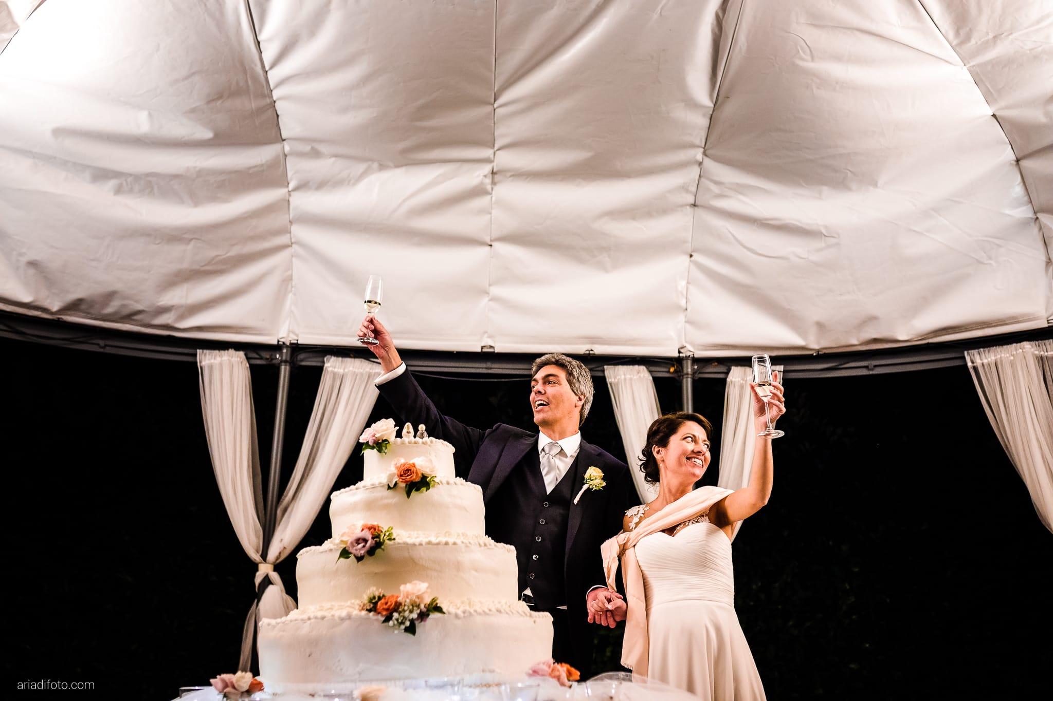 Tatiana Marco Matrimonio Trieste Baronesse Tacco San Floriano Collio Gorizia ricevimento taglio della torta
