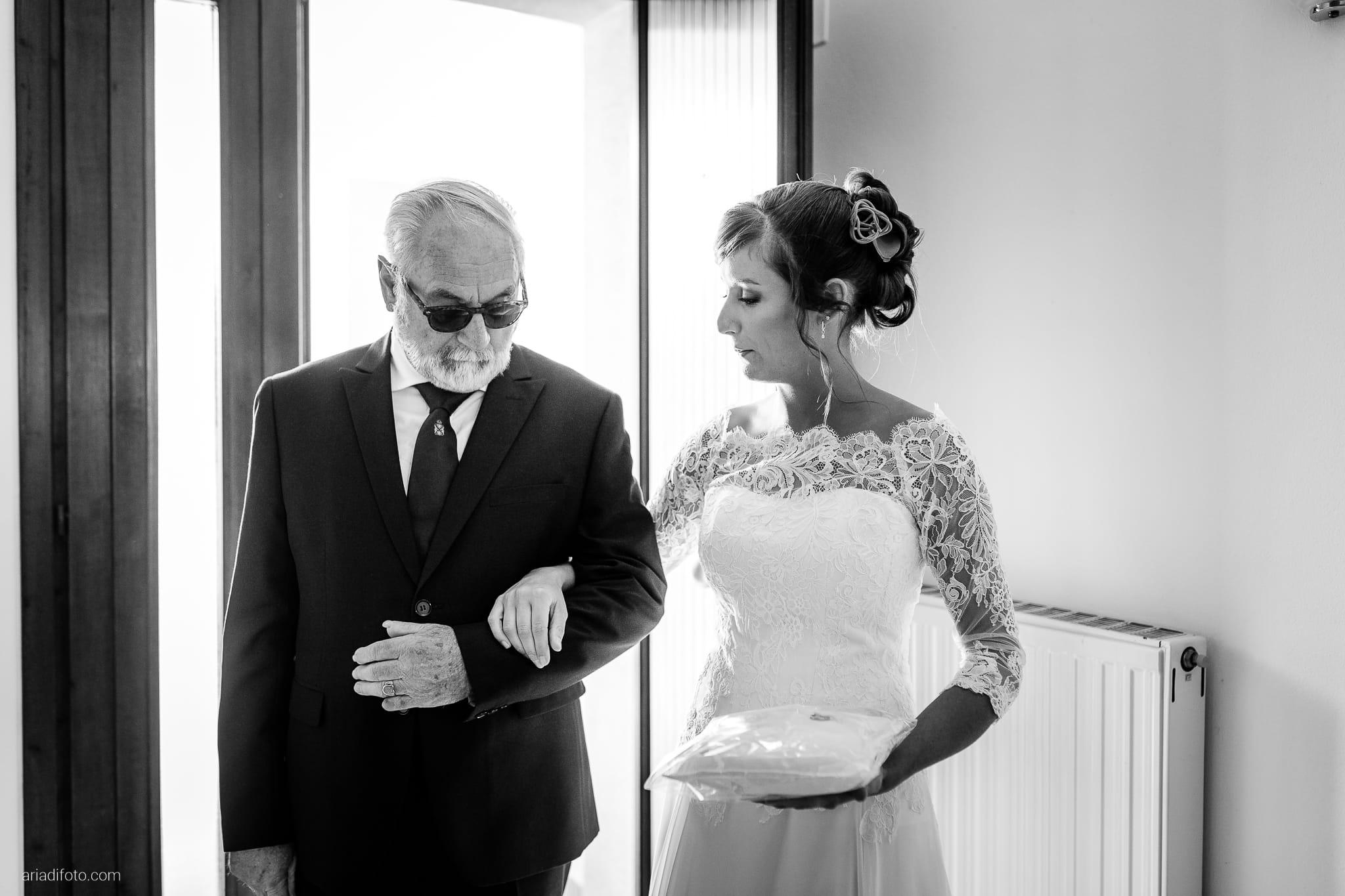 Teresa Andrea Matrimonio Grado Basilica Sant Eufemia Villa Iachia Ruda Udine preparativi sposa momenti papà
