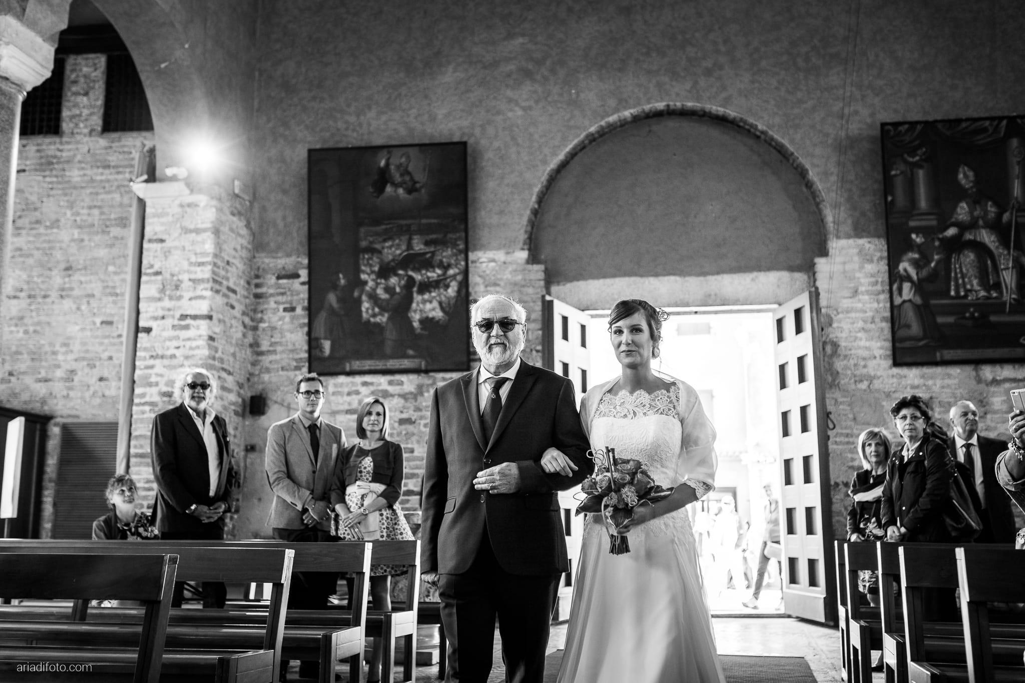 Teresa Andrea Matrimonio Grado Basilica Sant Eufemia Villa Iachia Ruda Udine cerimonia ingresso sposa sposi