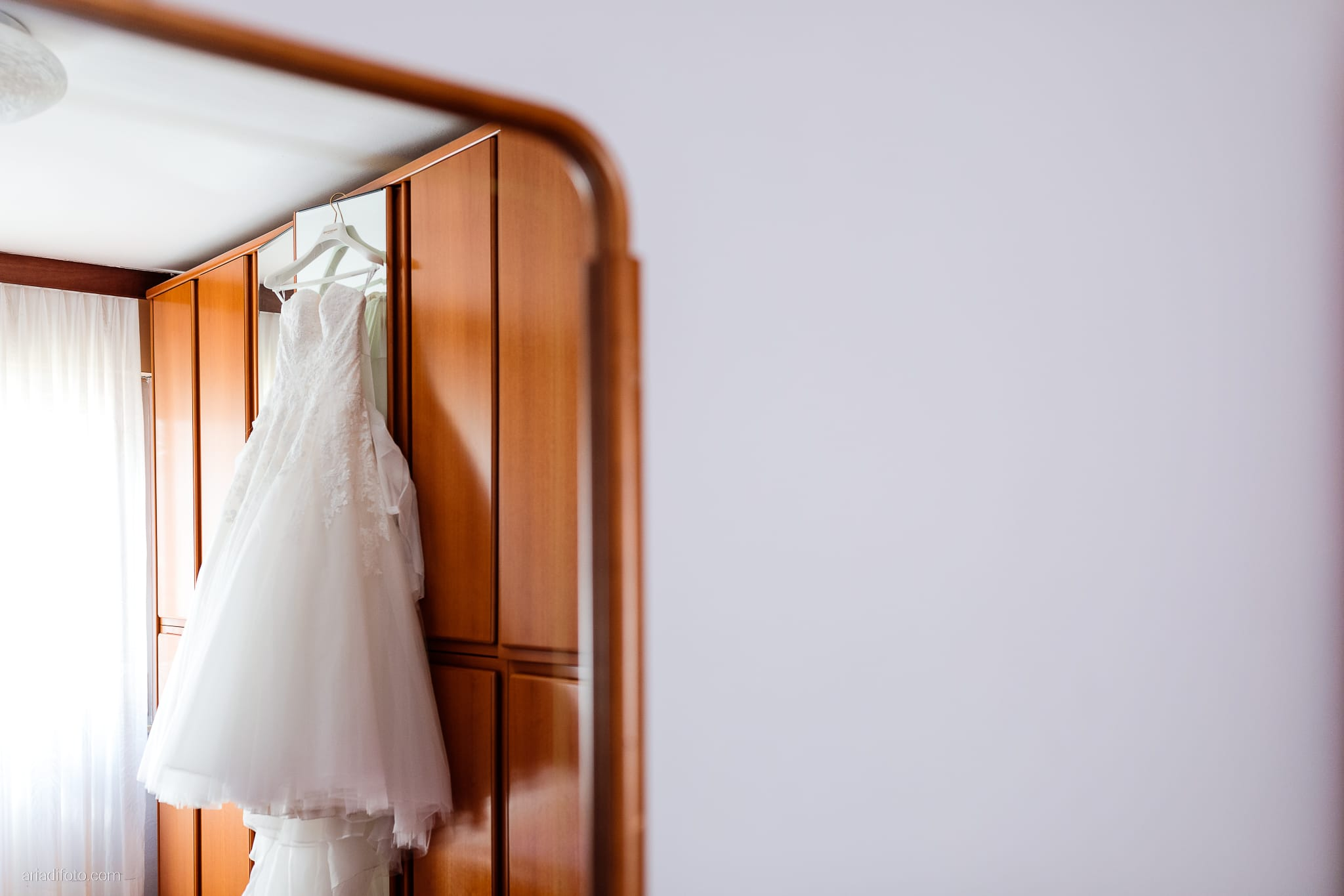 Giulia Alessandro Matrimonio Duino Trieste Baronesse Tacco San Floriano Del Collio Gorizia preparativi sposa dettagli abito