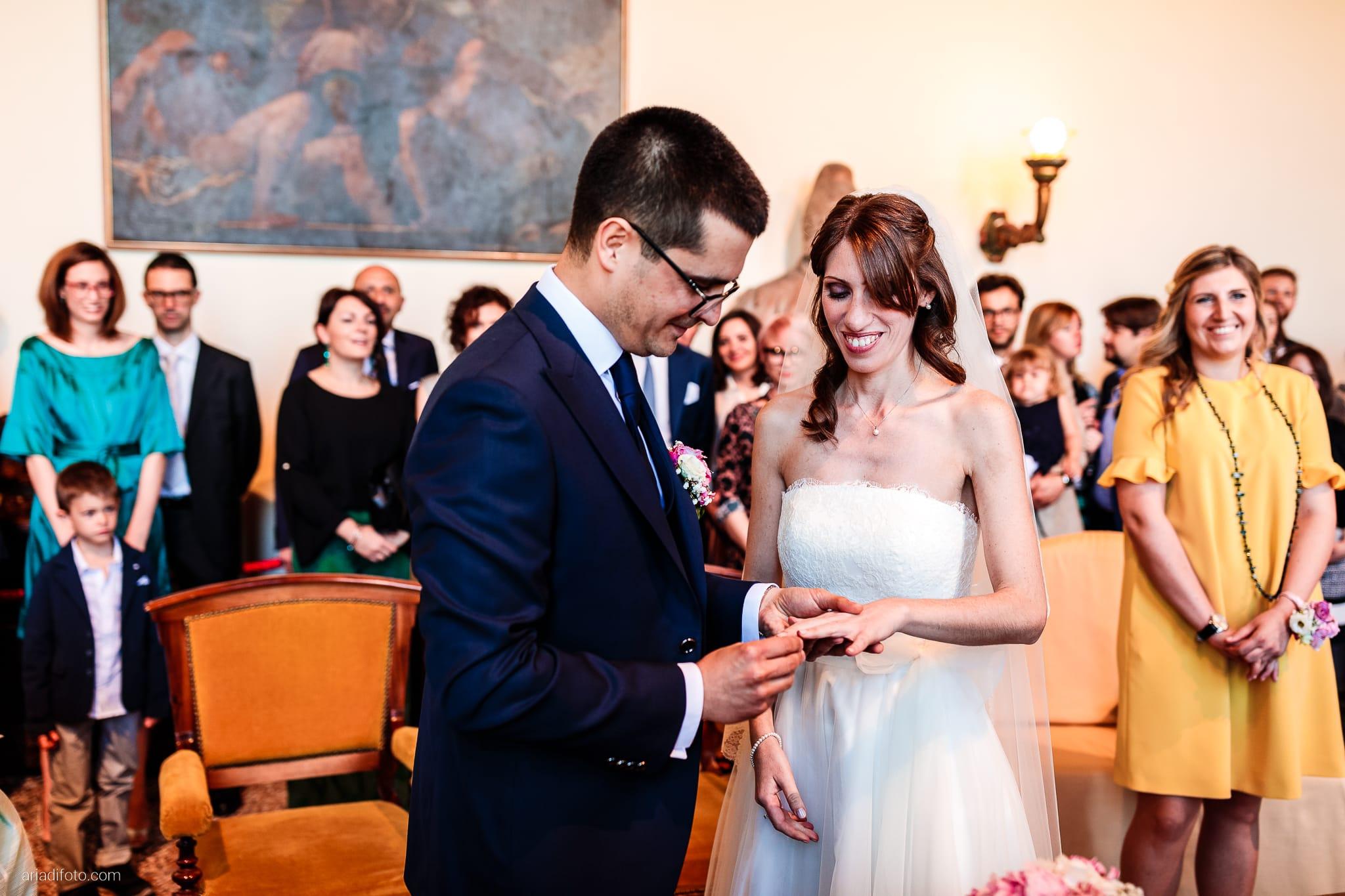 Marina Stefano Matrimonio Castello San Giusto Molo IV Trieste cerimonia civile promesse scambio degli anelli